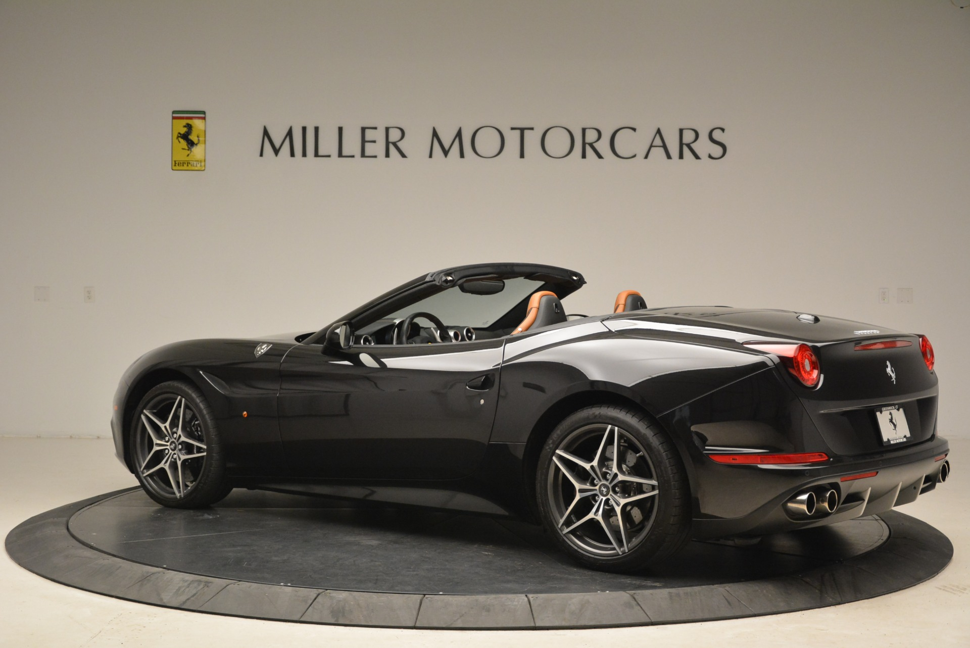 Used 2015 Ferrari California T  For Sale In Greenwich, CT. Alfa Romeo of Greenwich, 4458A 2224_p4