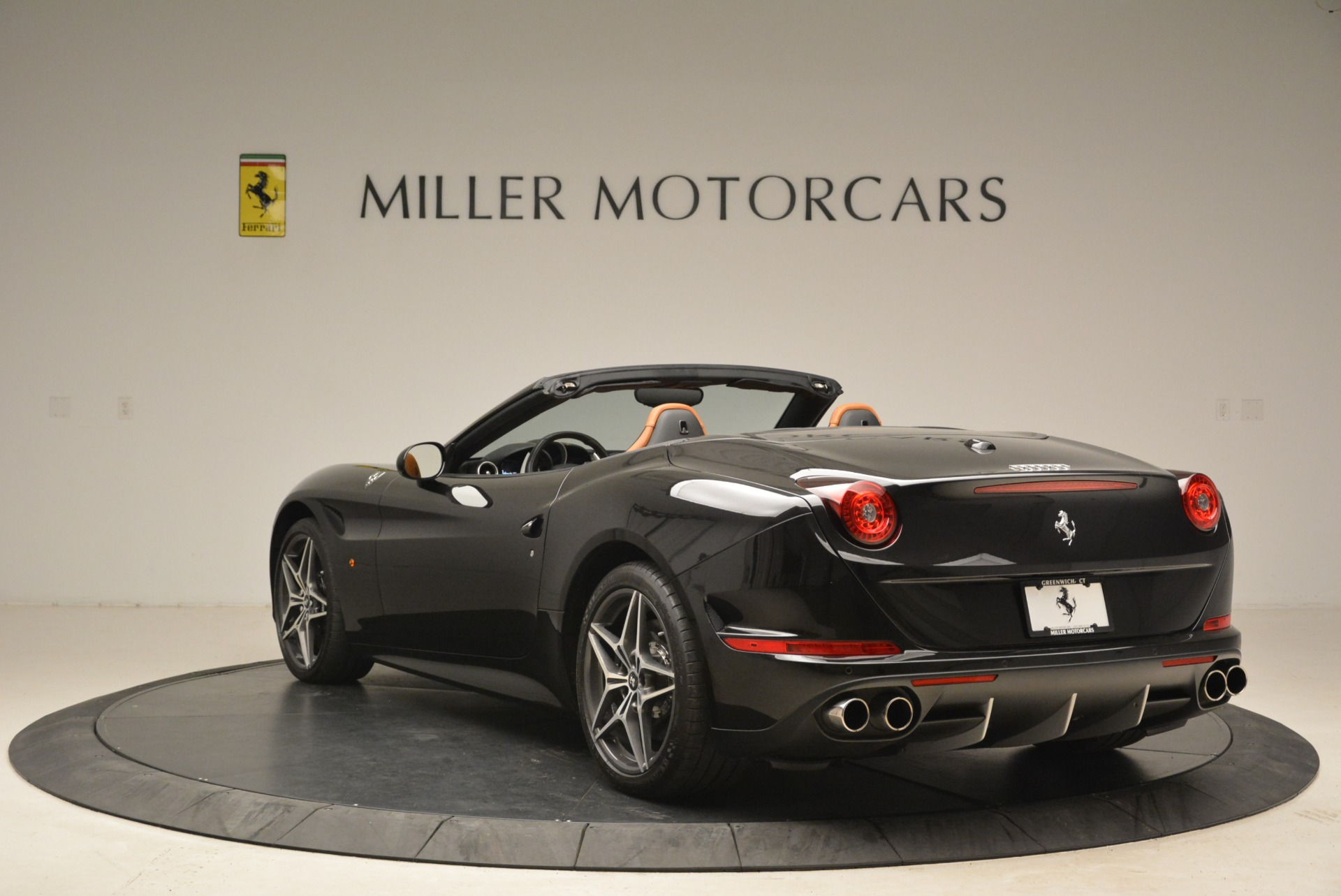 Used 2015 Ferrari California T  For Sale In Greenwich, CT. Alfa Romeo of Greenwich, 4458A 2224_p5