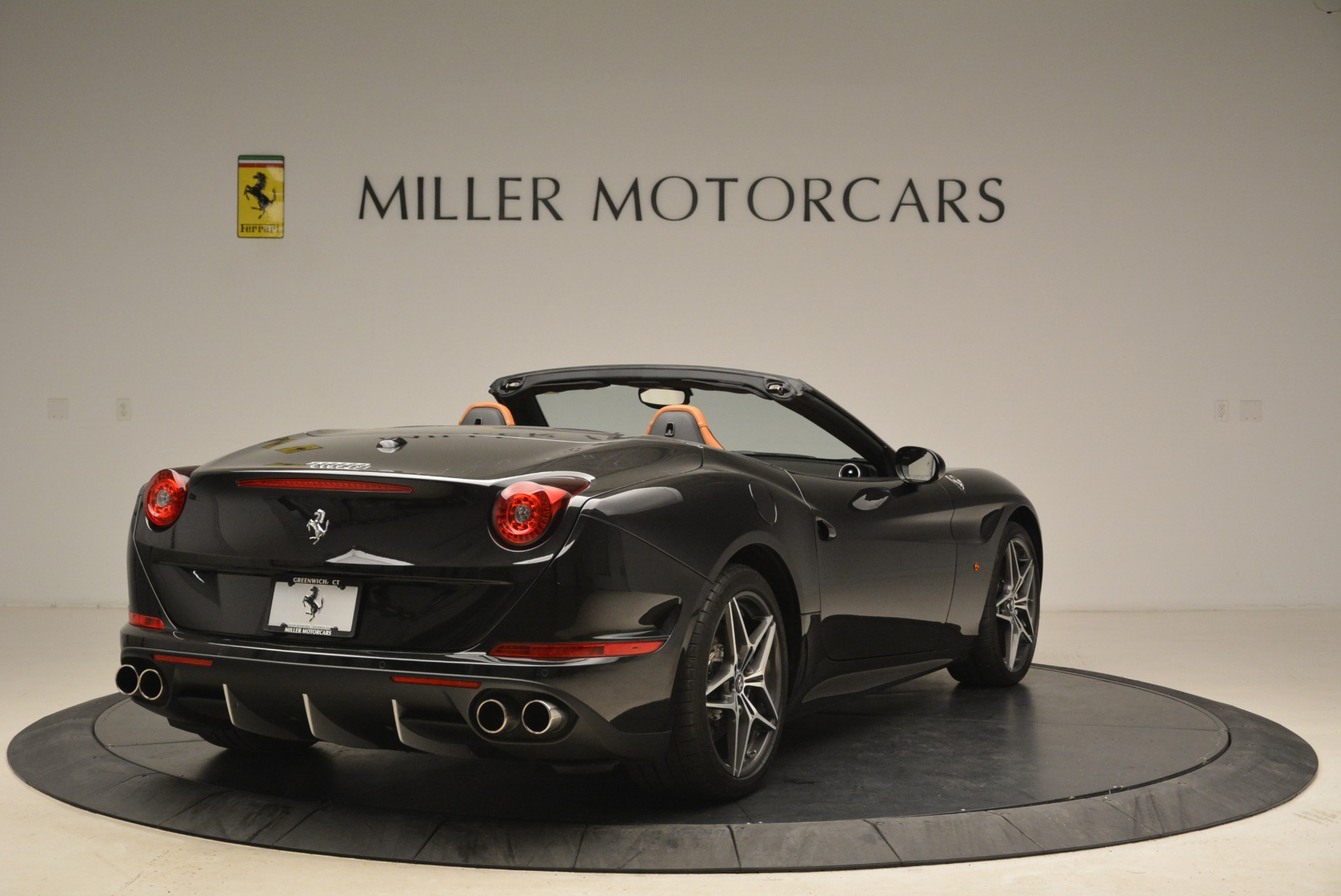 Used 2015 Ferrari California T  For Sale In Greenwich, CT. Alfa Romeo of Greenwich, 4458A 2224_p7