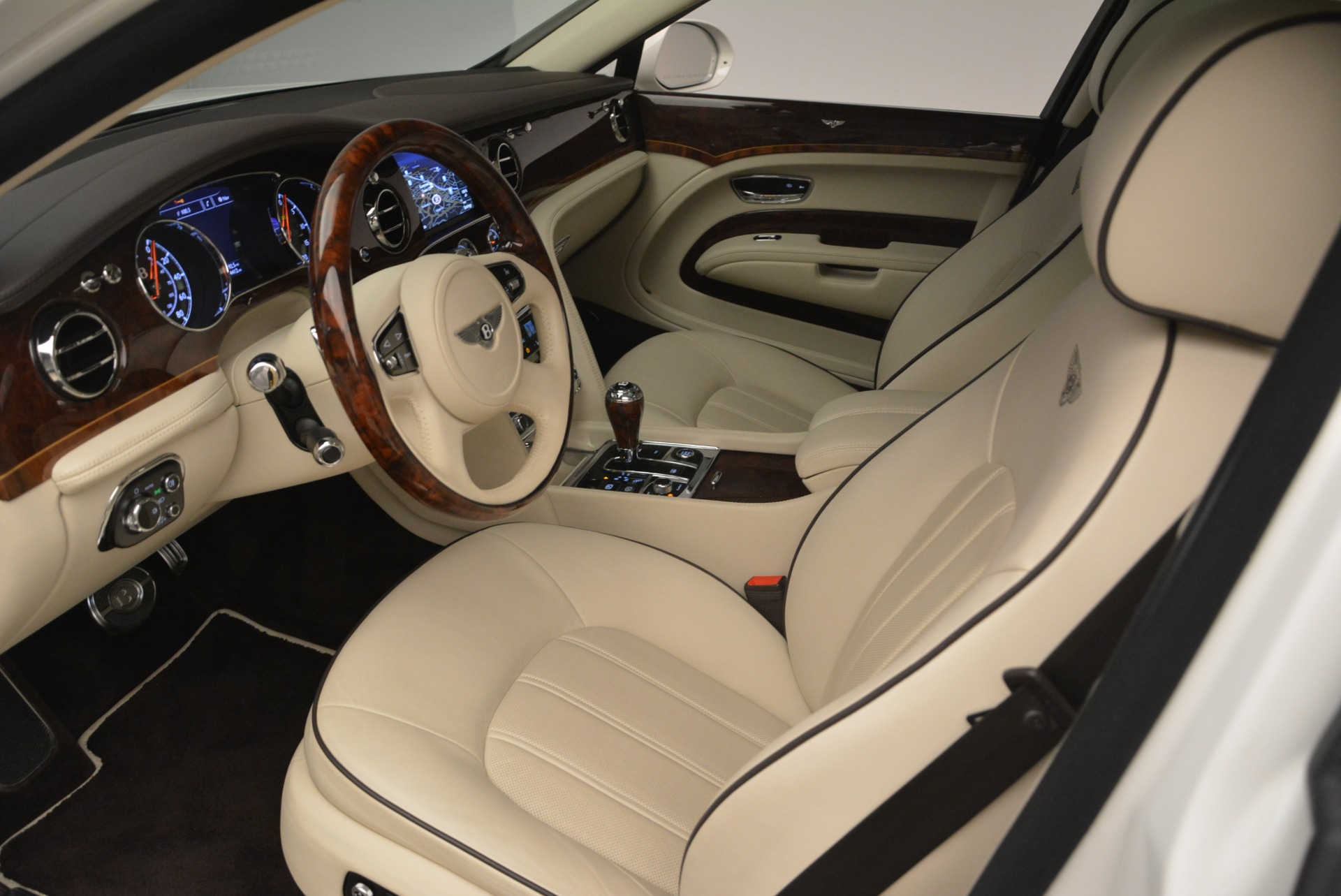 Used 2013 Bentley Mulsanne  For Sale In Greenwich, CT. Alfa Romeo of Greenwich, R460A 2230_p16