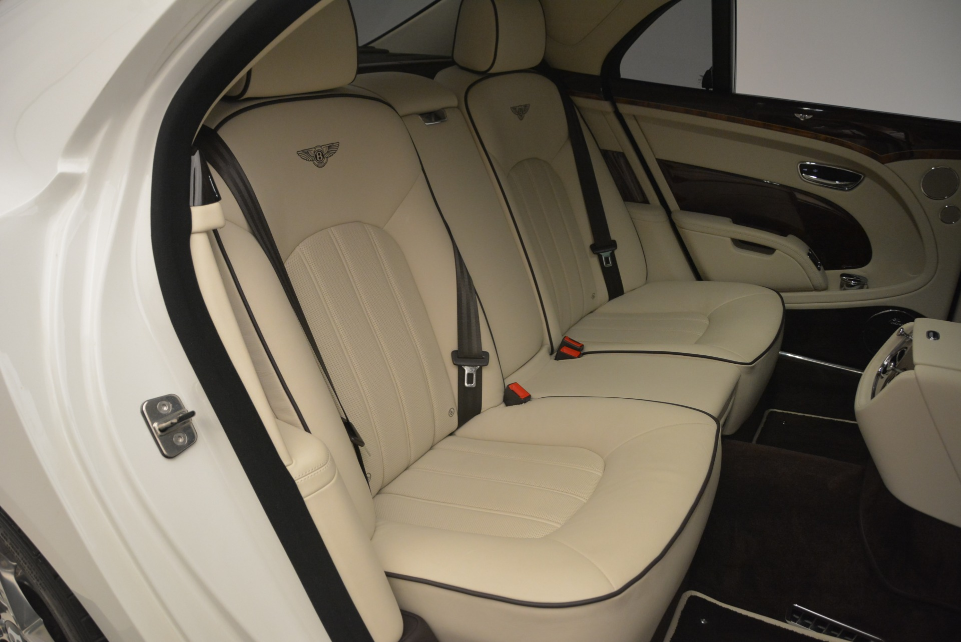 Used 2013 Bentley Mulsanne  For Sale In Greenwich, CT. Alfa Romeo of Greenwich, R460A 2230_p25
