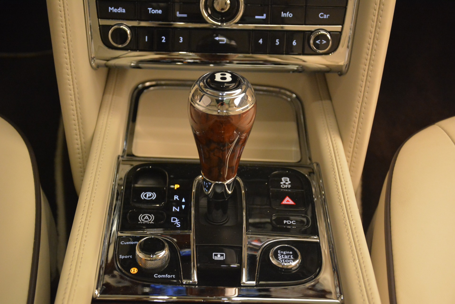 Used 2013 Bentley Mulsanne  For Sale In Greenwich, CT. Alfa Romeo of Greenwich, R460A 2230_p30