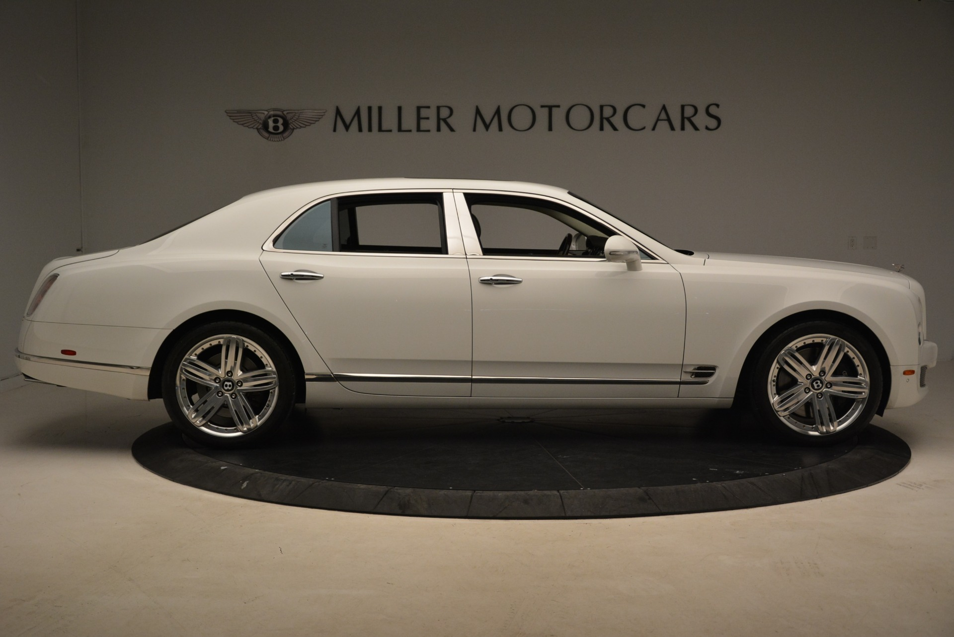 Used 2013 Bentley Mulsanne  For Sale In Greenwich, CT. Alfa Romeo of Greenwich, R460A 2230_p6