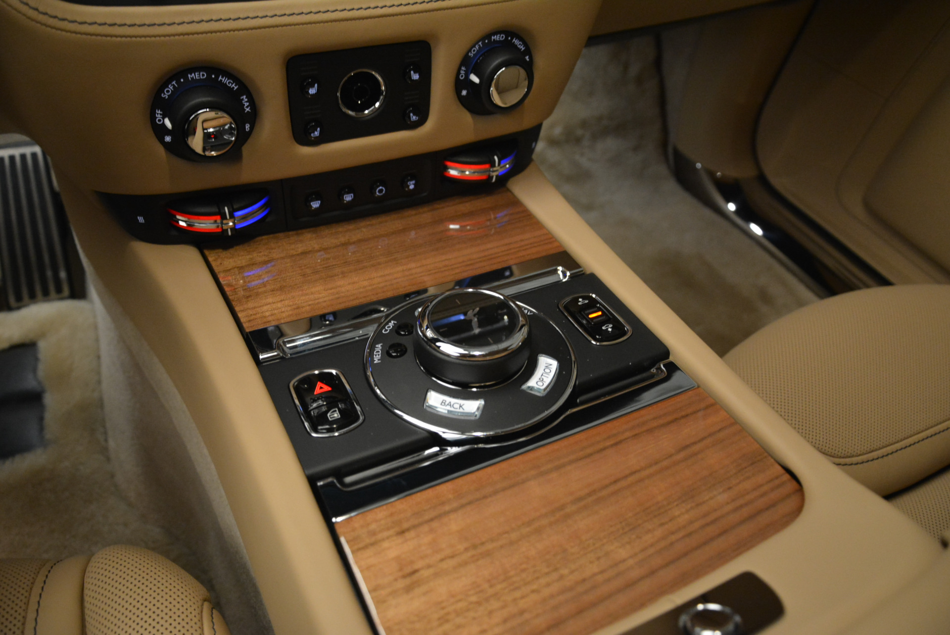 Used 2018 Rolls-Royce Ghost  For Sale In Greenwich, CT. Alfa Romeo of Greenwich, R459 2231_p19