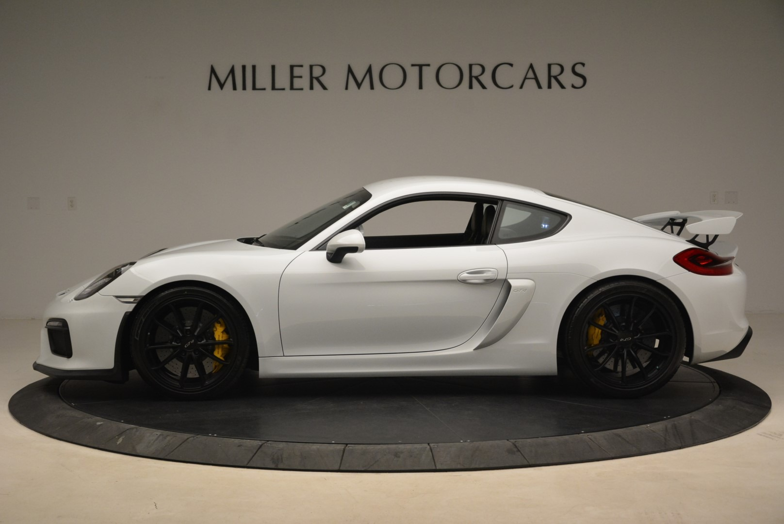 Used 2016 Porsche Cayman GT4 For Sale In Greenwich, CT. Alfa Romeo of Greenwich, 4472A 2234_p3