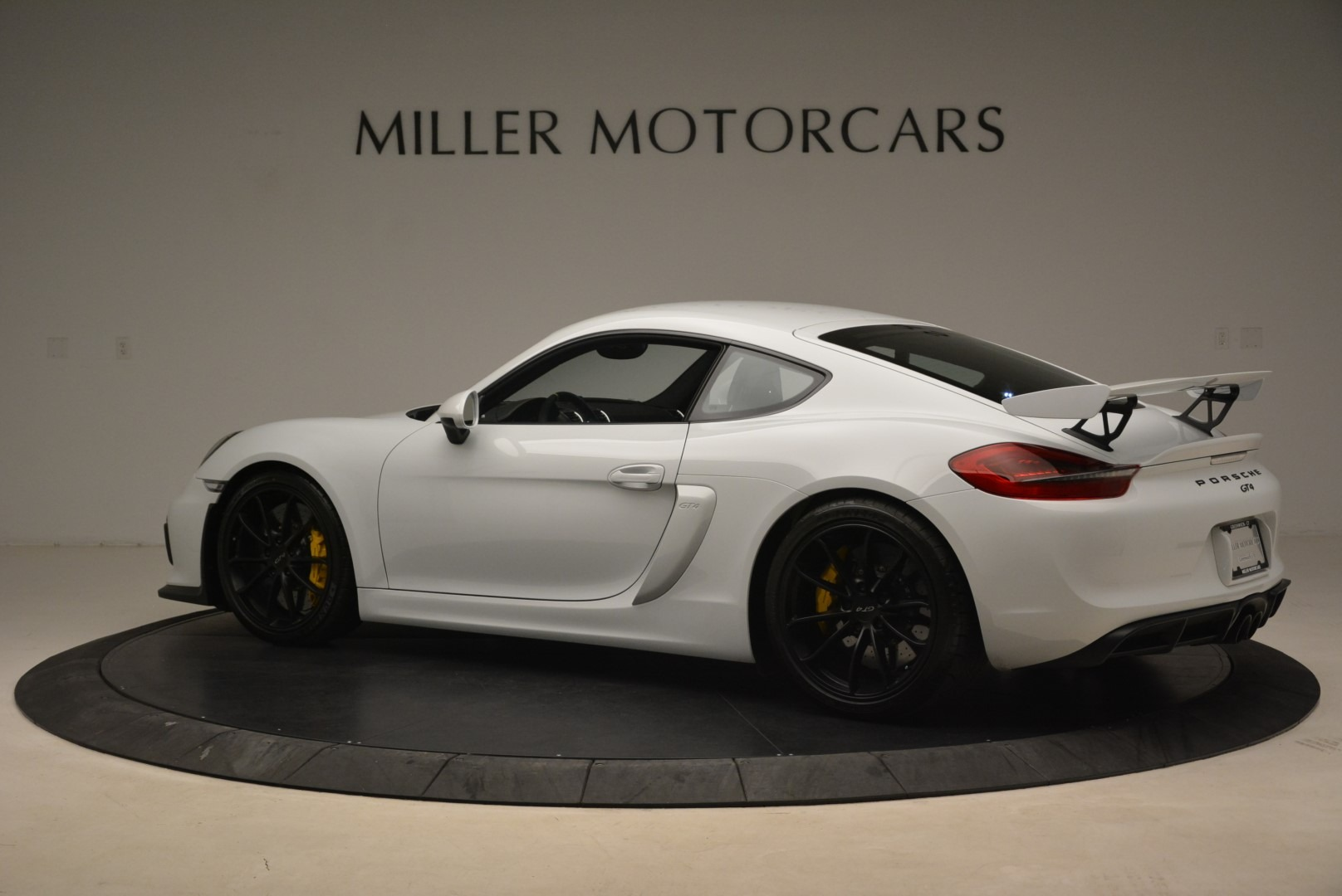 Used 2016 Porsche Cayman GT4 For Sale In Greenwich, CT. Alfa Romeo of Greenwich, 4472A 2234_p4