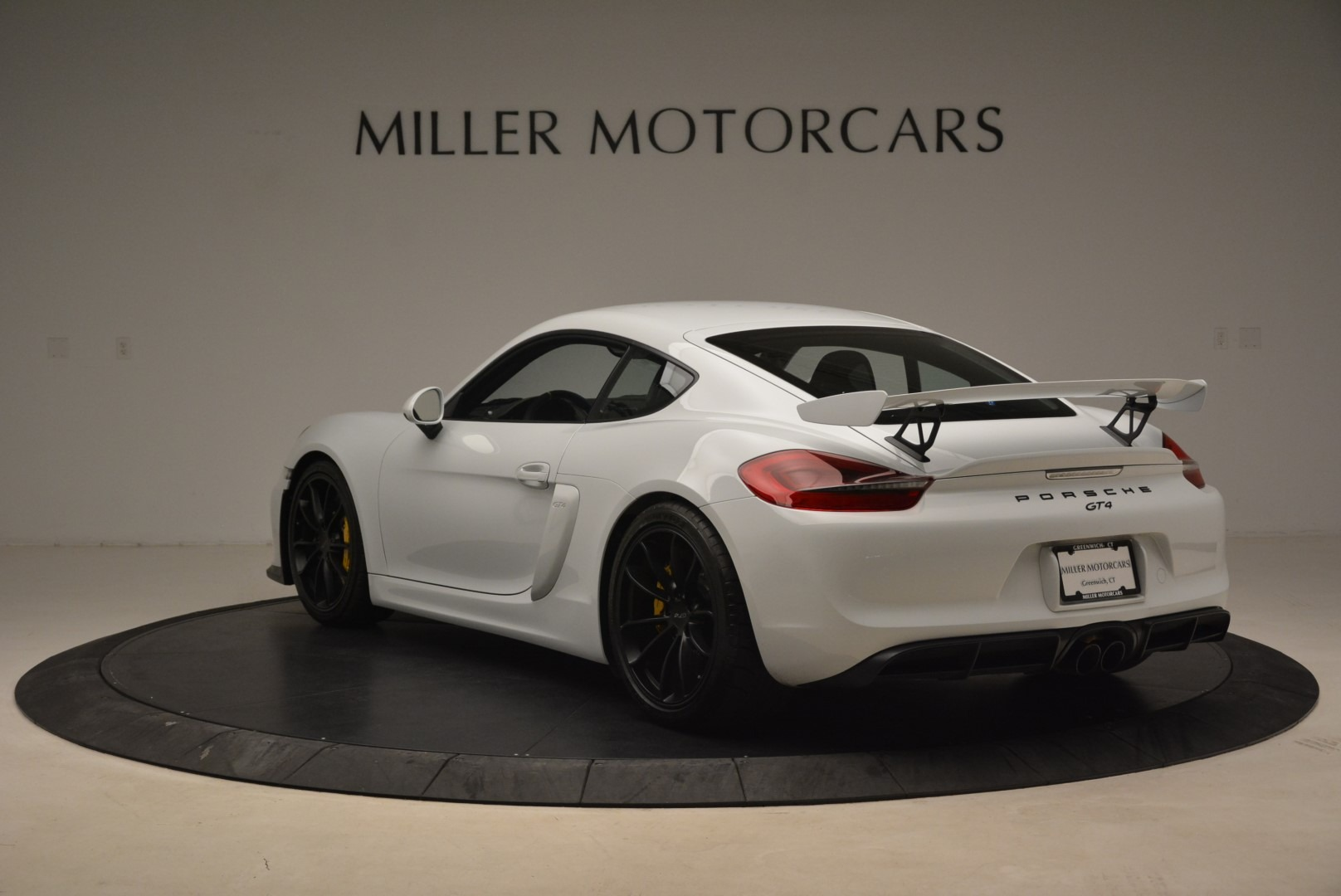 Used 2016 Porsche Cayman GT4 For Sale In Greenwich, CT. Alfa Romeo of Greenwich, 4472A 2234_p5