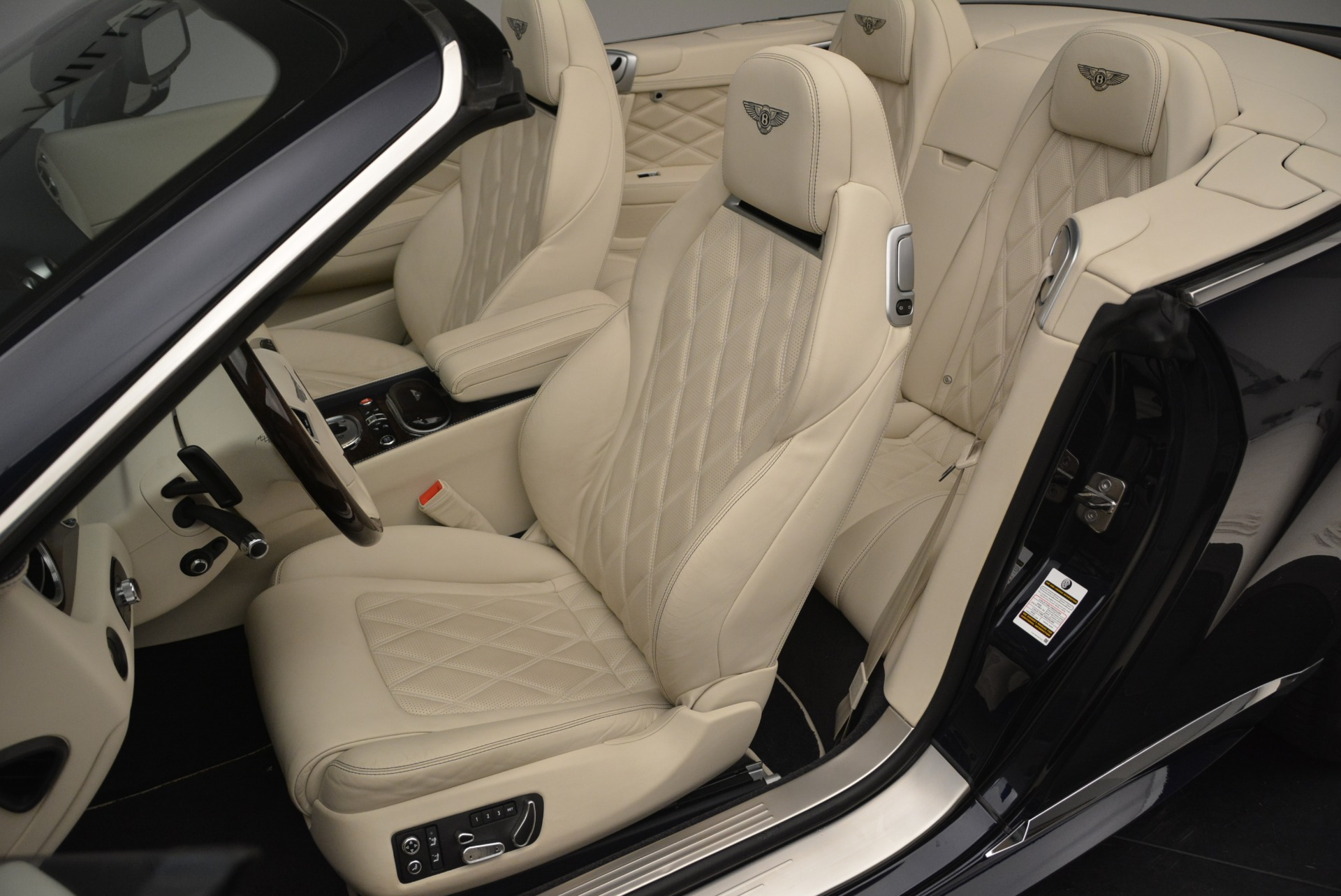 Used 2015 Bentley Continental GT Speed For Sale In Greenwich, CT. Alfa Romeo of Greenwich, R464A 2236_p26