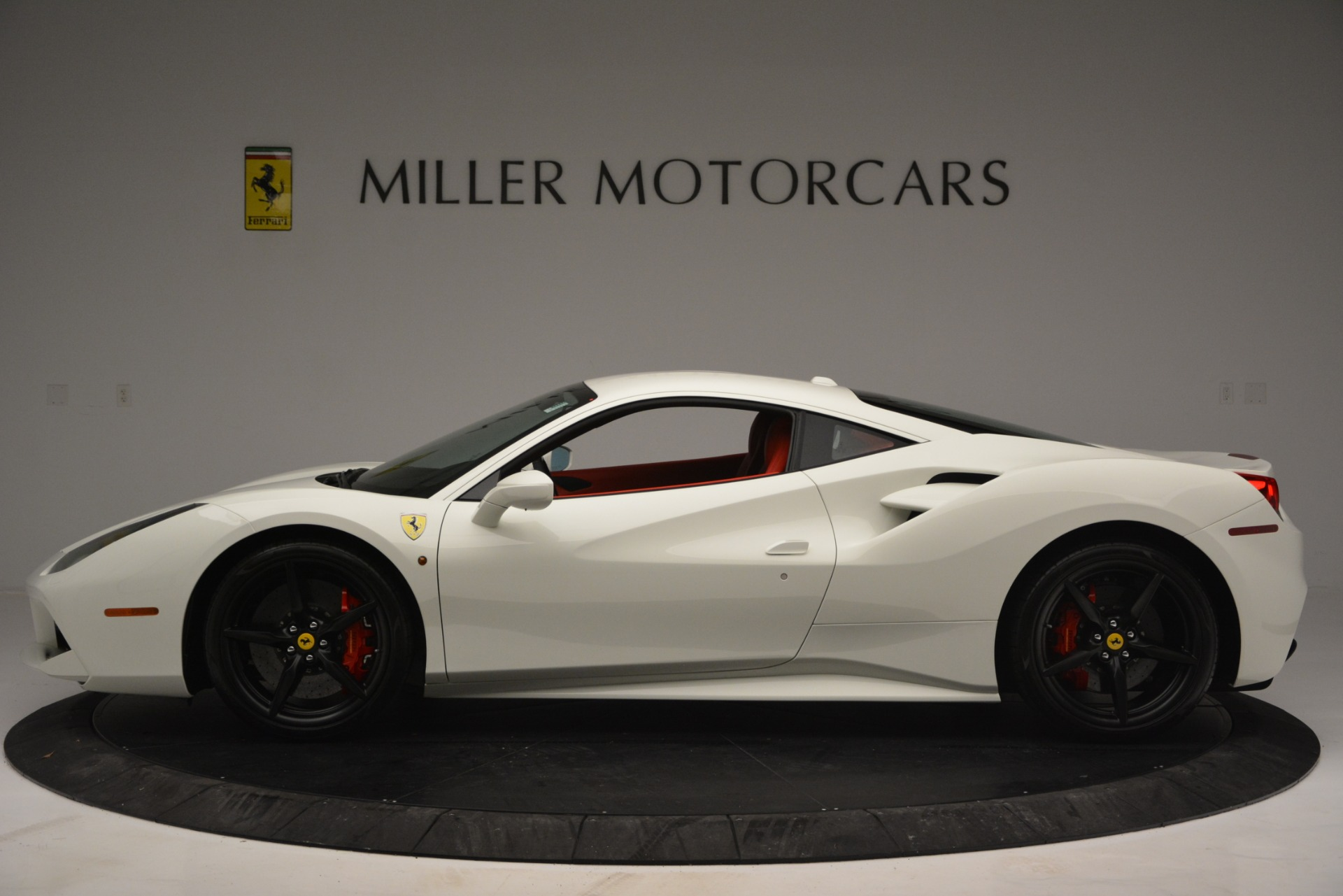 Used 2017 Ferrari 488 GTB  For Sale In Greenwich, CT. Alfa Romeo of Greenwich, F1887A 2238_p3