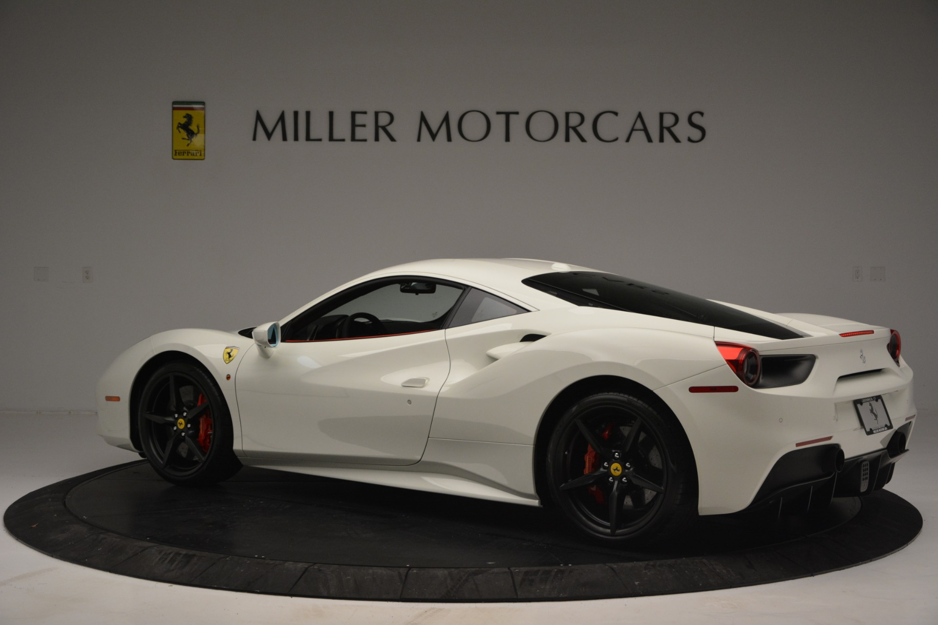 Used 2017 Ferrari 488 GTB  For Sale In Greenwich, CT. Alfa Romeo of Greenwich, F1887A 2238_p4