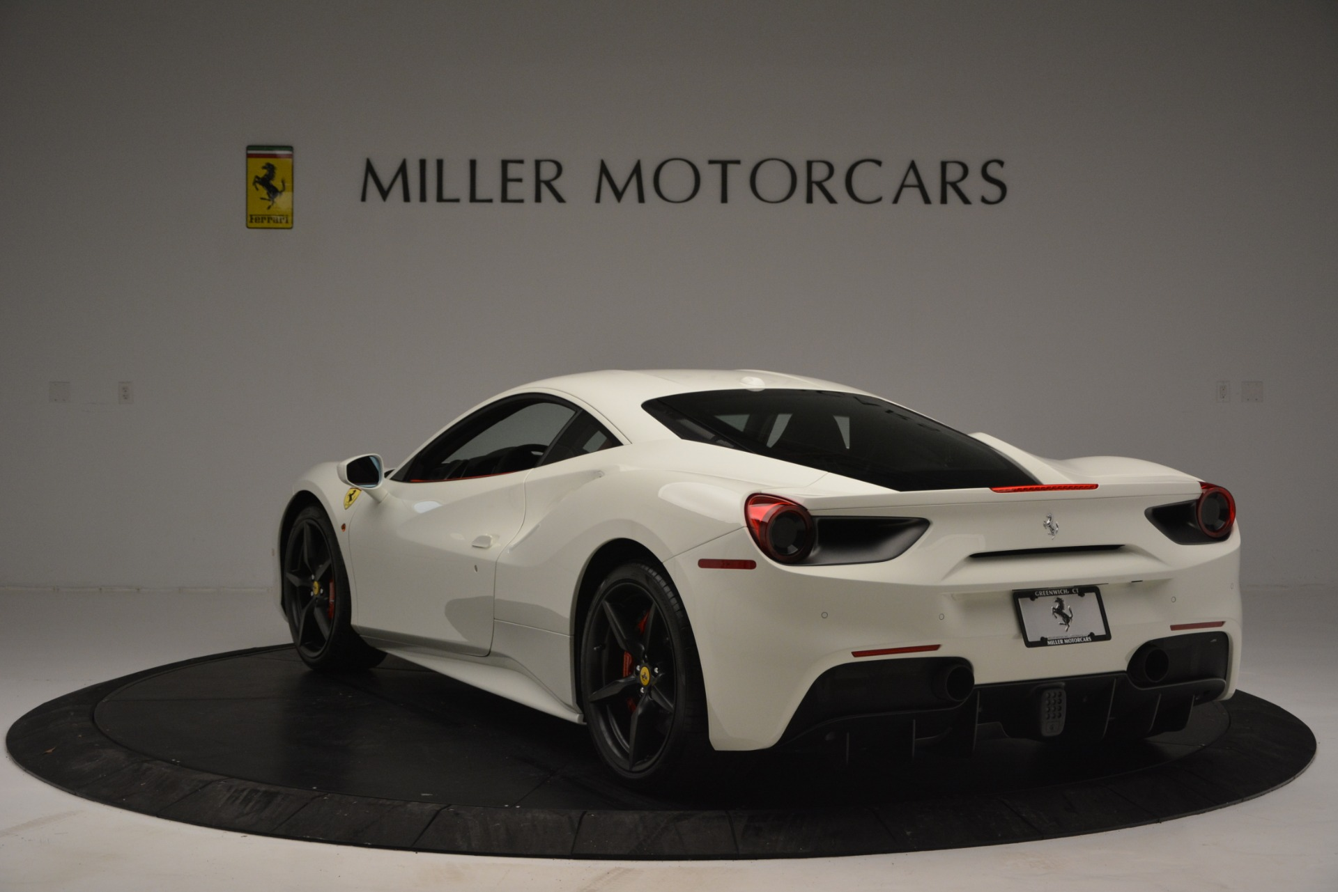 Used 2017 Ferrari 488 GTB  For Sale In Greenwich, CT. Alfa Romeo of Greenwich, F1887A 2238_p5