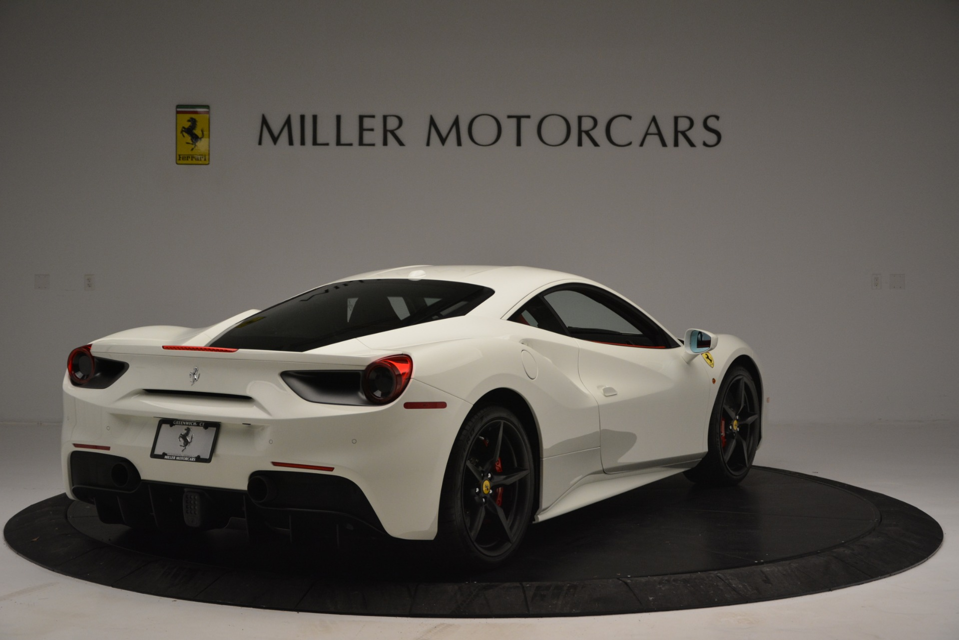 Used 2017 Ferrari 488 GTB  For Sale In Greenwich, CT. Alfa Romeo of Greenwich, F1887A 2238_p7