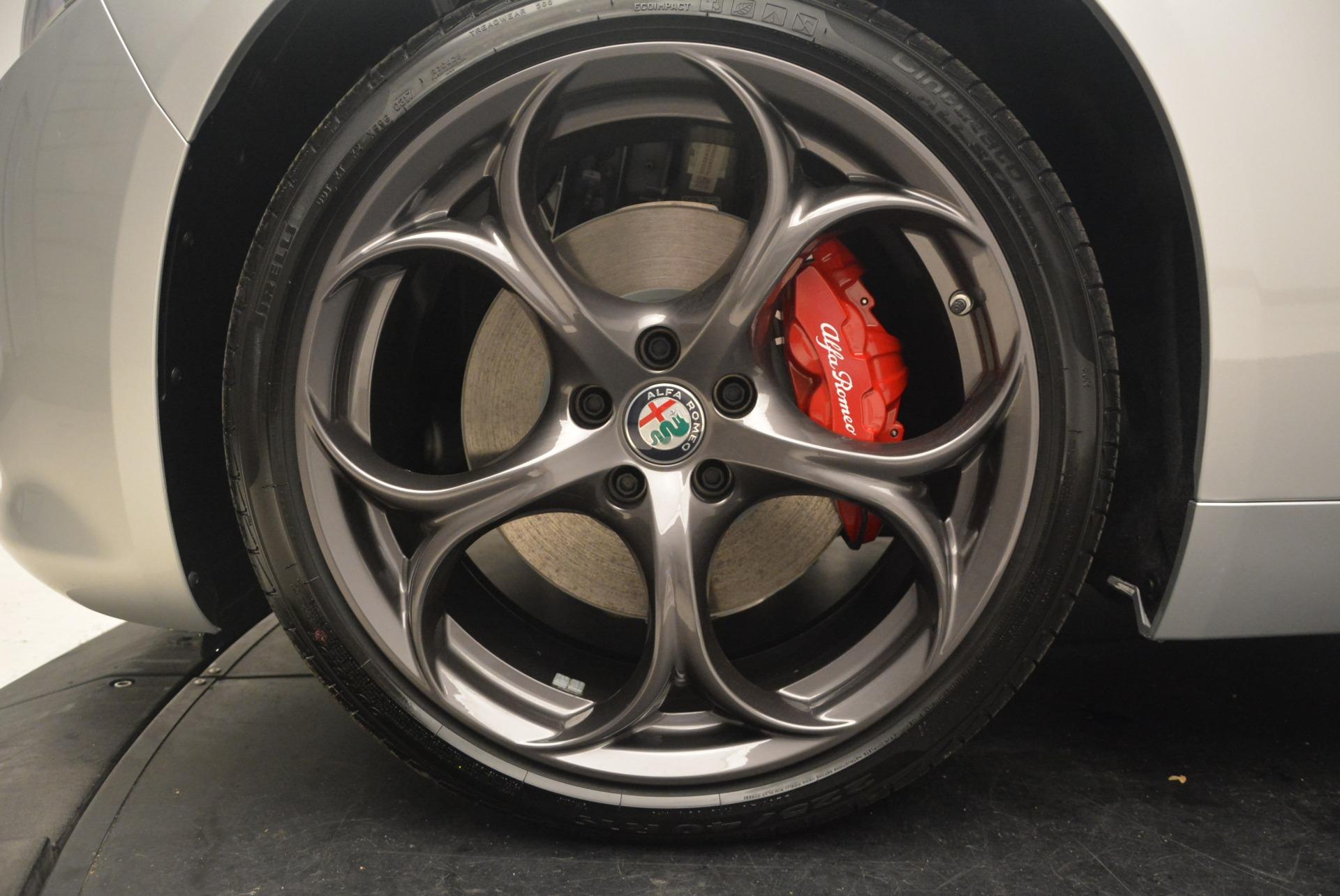 New 2018 Alfa Romeo Giulia Ti Sport Q4 For Sale In Greenwich, CT. Alfa Romeo of Greenwich, L403 2250_p26
