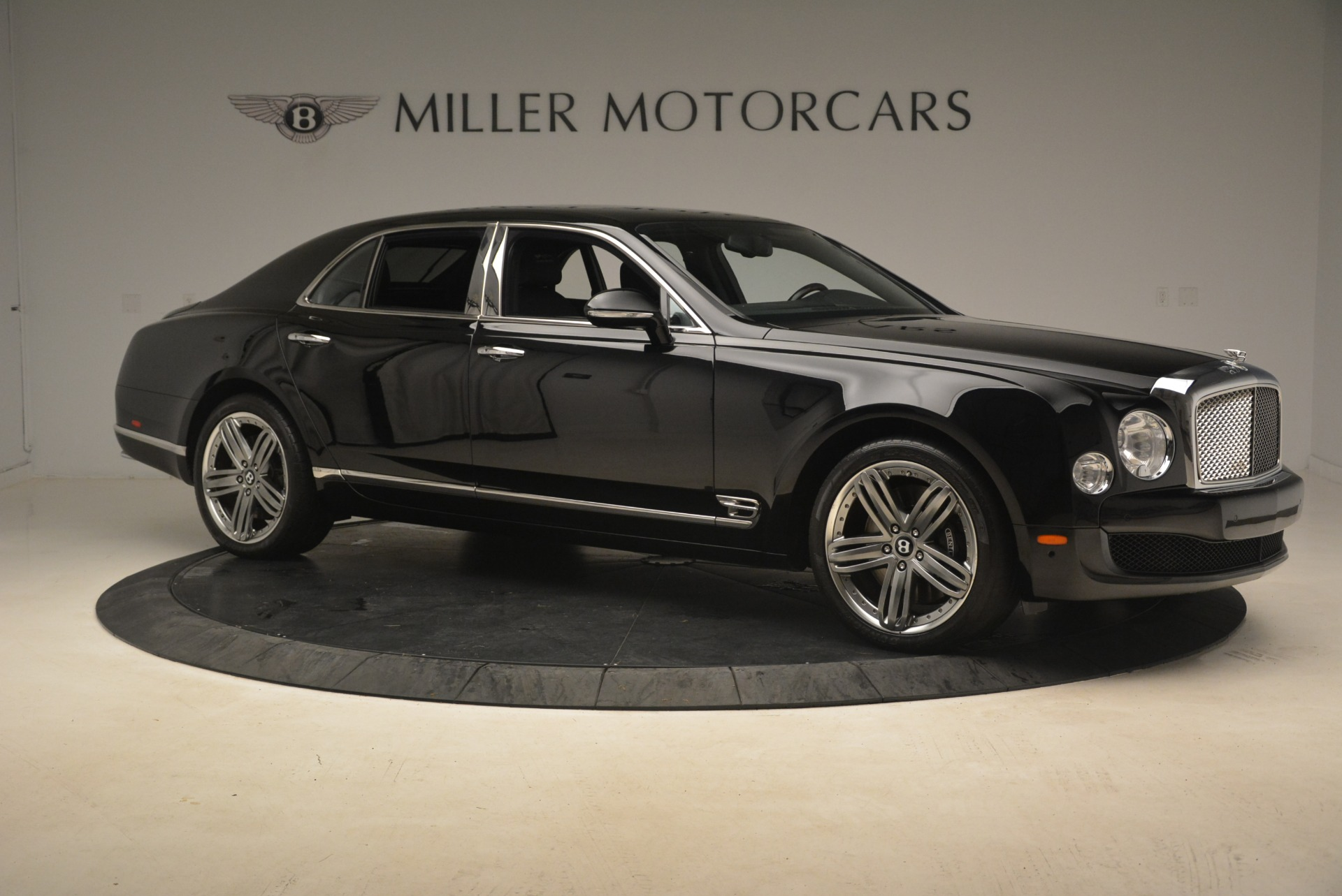 Used 2013 Bentley Mulsanne Le Mans Edition For Sale In Greenwich, CT. Alfa Romeo of Greenwich, A1242A 2255_p11