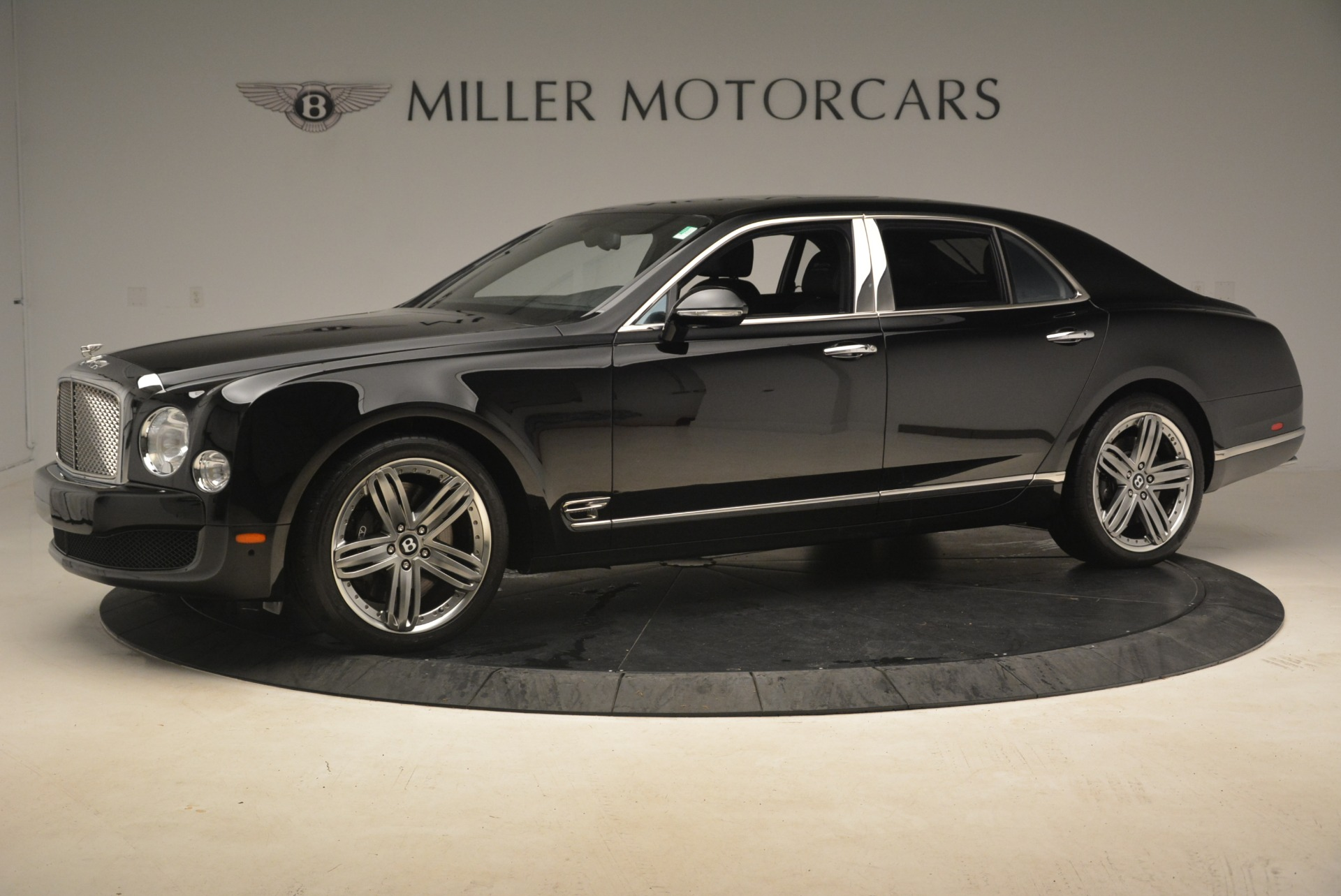 Used 2013 Bentley Mulsanne Le Mans Edition For Sale In Greenwich, CT. Alfa Romeo of Greenwich, A1242A 2255_p2