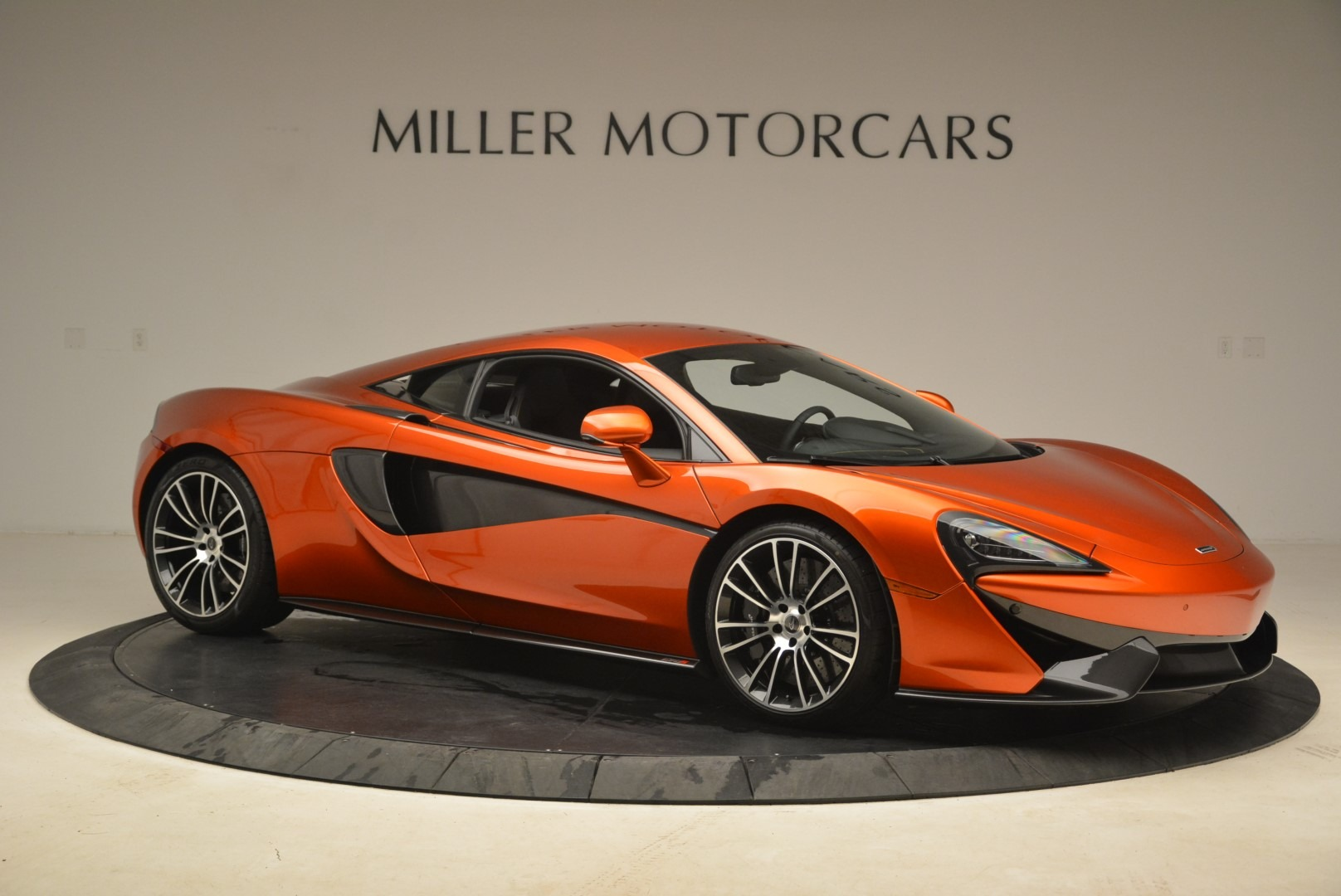 Used 2016 McLaren 570S  For Sale In Greenwich, CT. Alfa Romeo of Greenwich, 3140 2261_p10