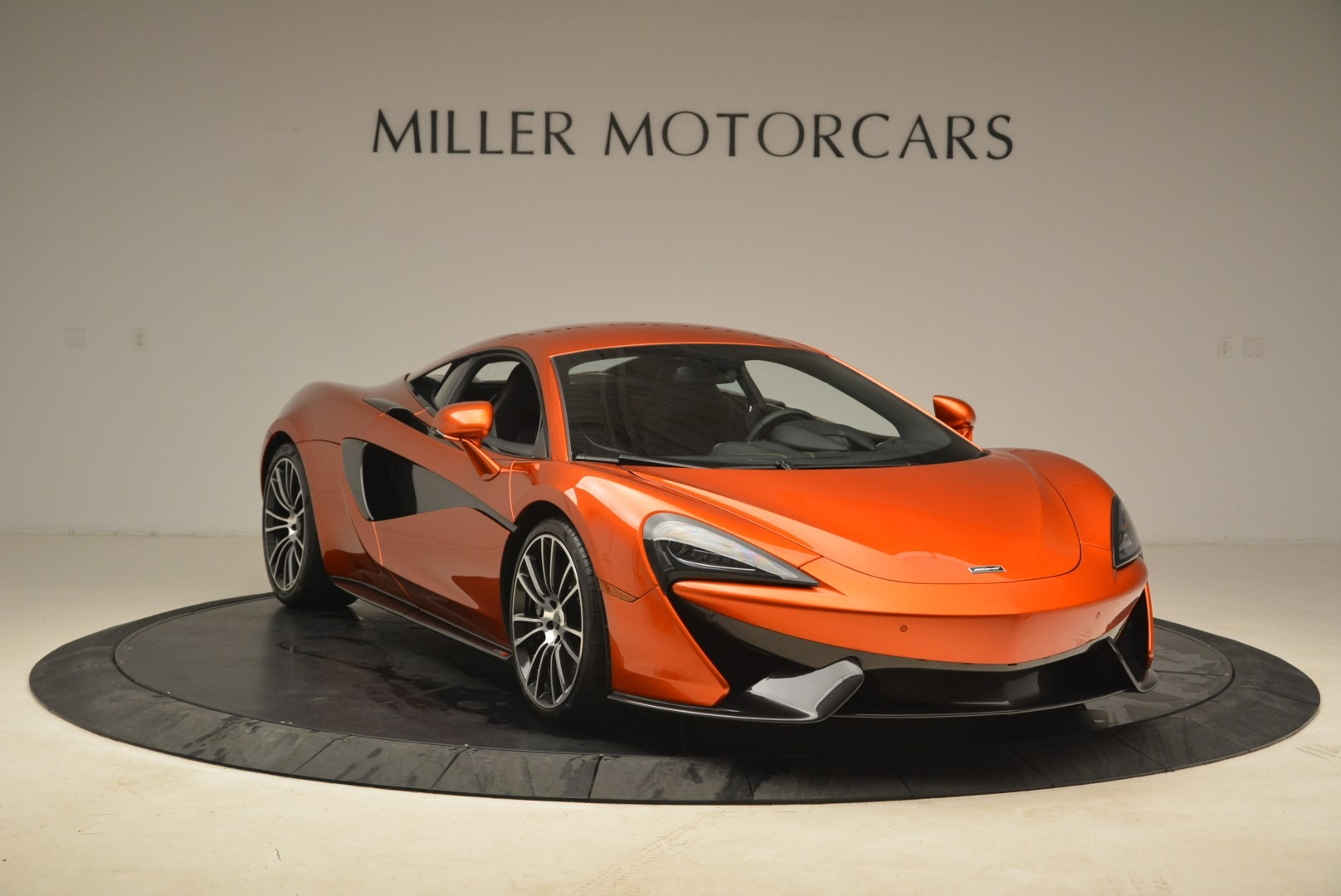 Used 2016 McLaren 570S  For Sale In Greenwich, CT. Alfa Romeo of Greenwich, 3140 2261_p11