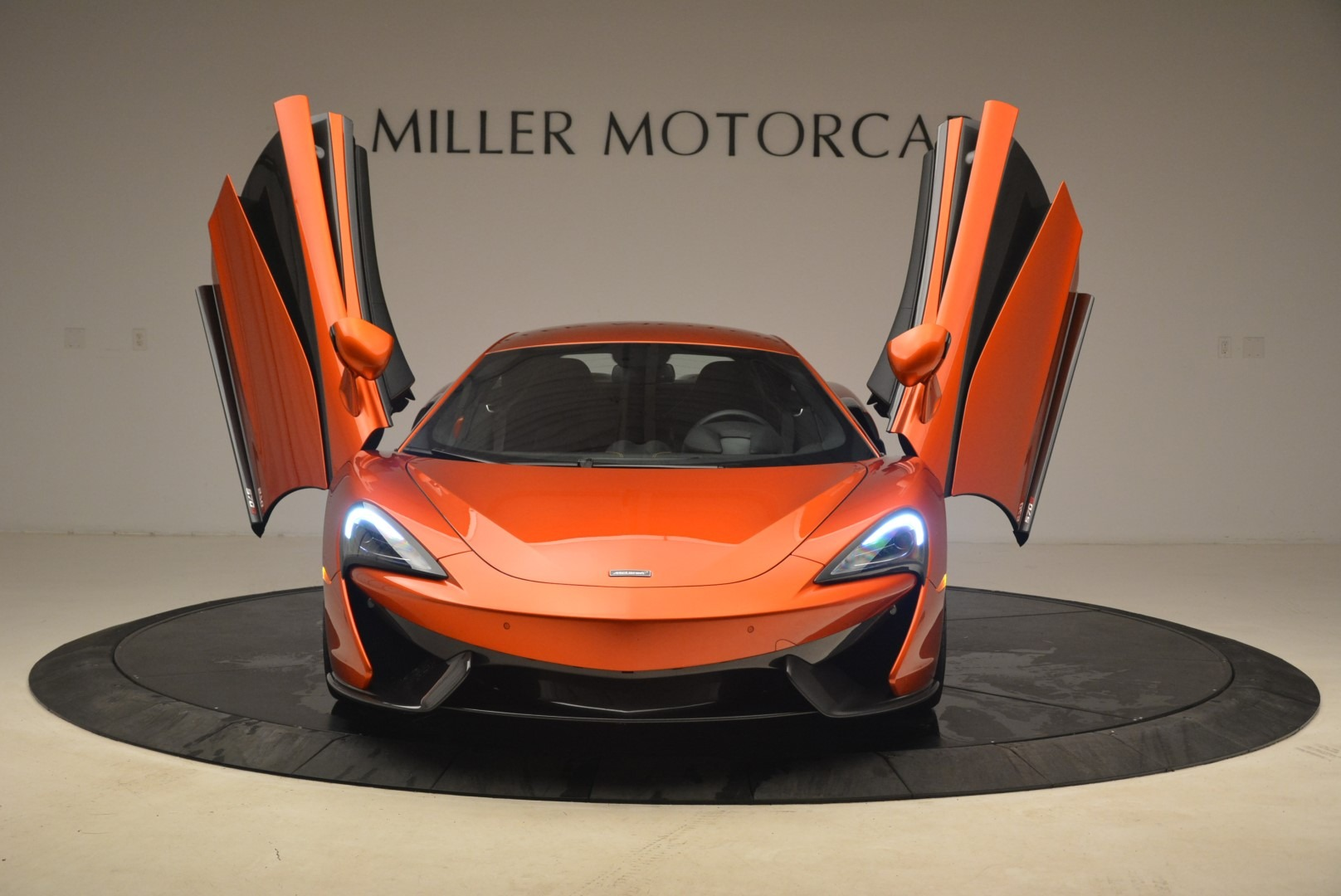 Used 2016 McLaren 570S  For Sale In Greenwich, CT. Alfa Romeo of Greenwich, 3140 2261_p13