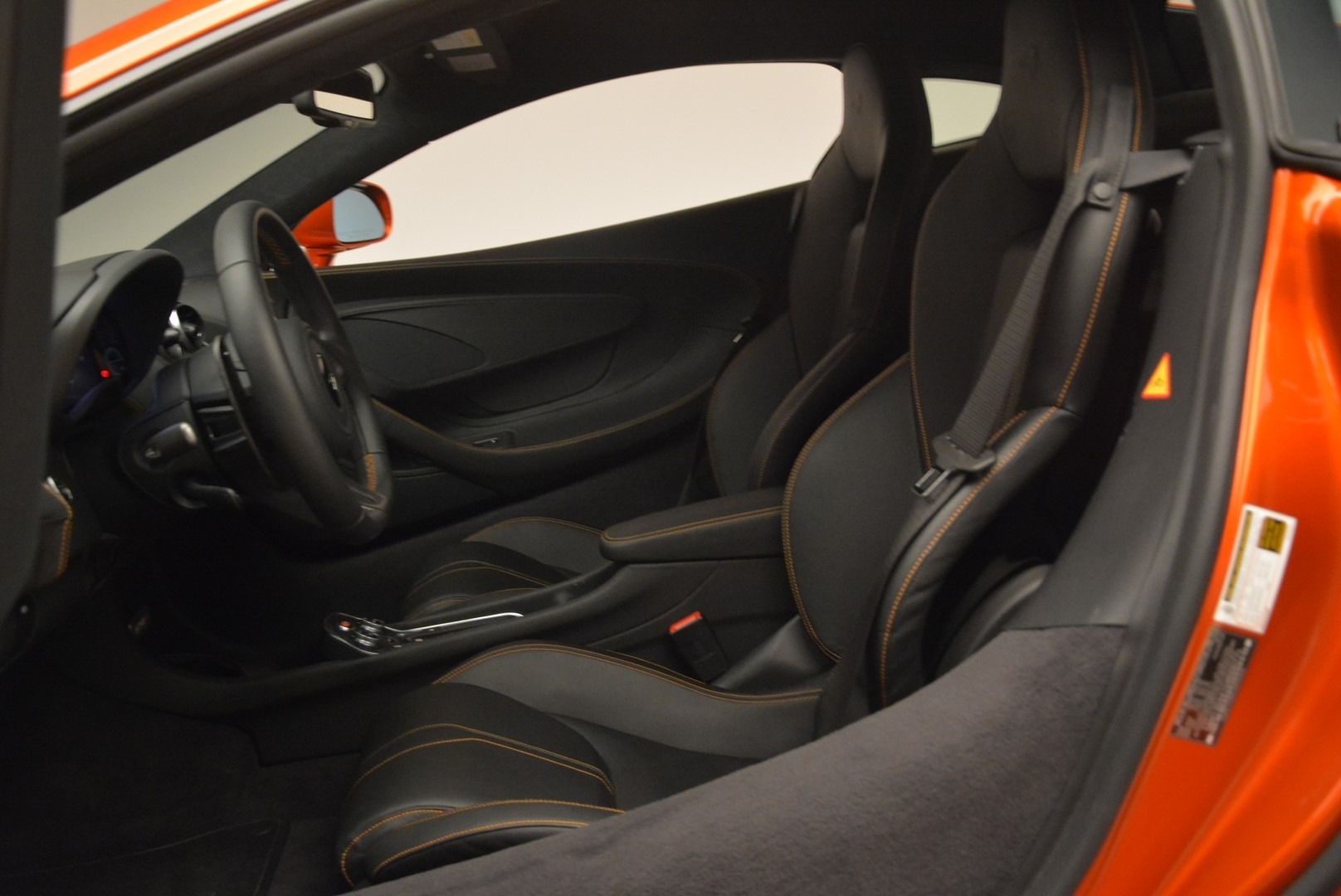 Used 2016 McLaren 570S  For Sale In Greenwich, CT. Alfa Romeo of Greenwich, 3140 2261_p18