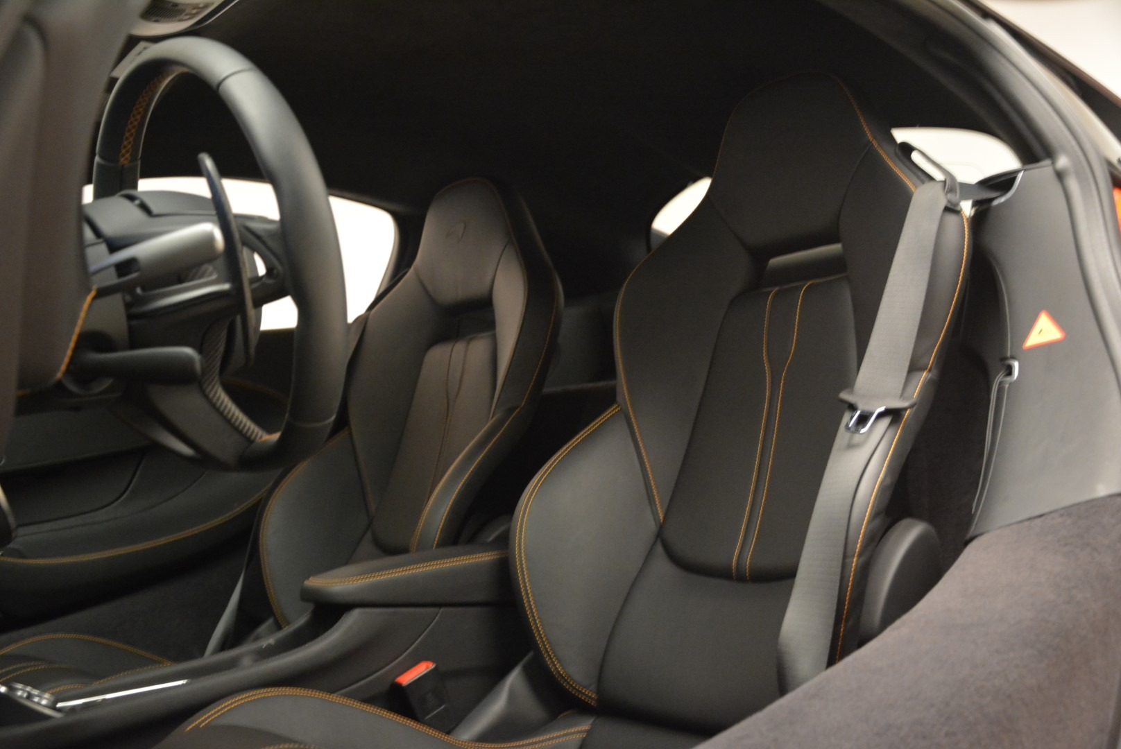 Used 2016 McLaren 570S  For Sale In Greenwich, CT. Alfa Romeo of Greenwich, 3140 2261_p19
