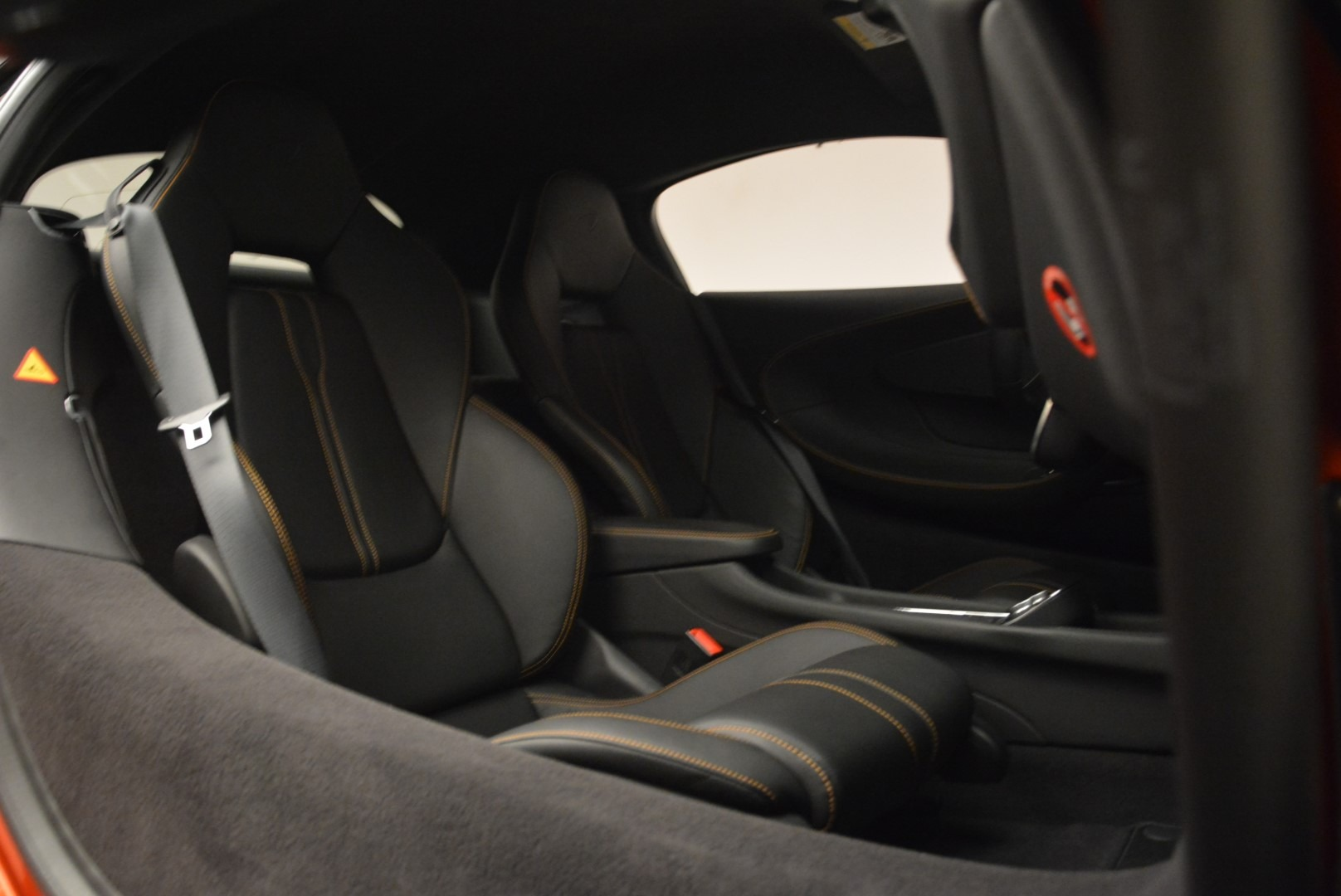 Used 2016 McLaren 570S  For Sale In Greenwich, CT. Alfa Romeo of Greenwich, 3140 2261_p22