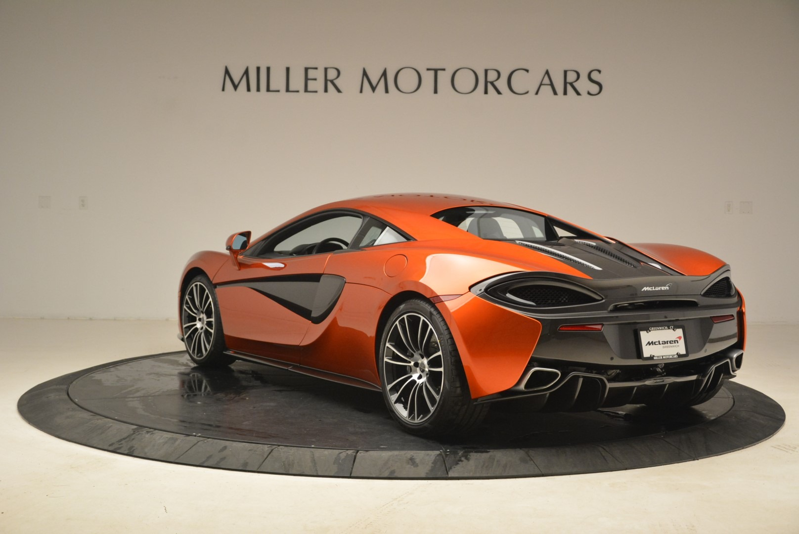 Used 2016 McLaren 570S  For Sale In Greenwich, CT. Alfa Romeo of Greenwich, 3140 2261_p5