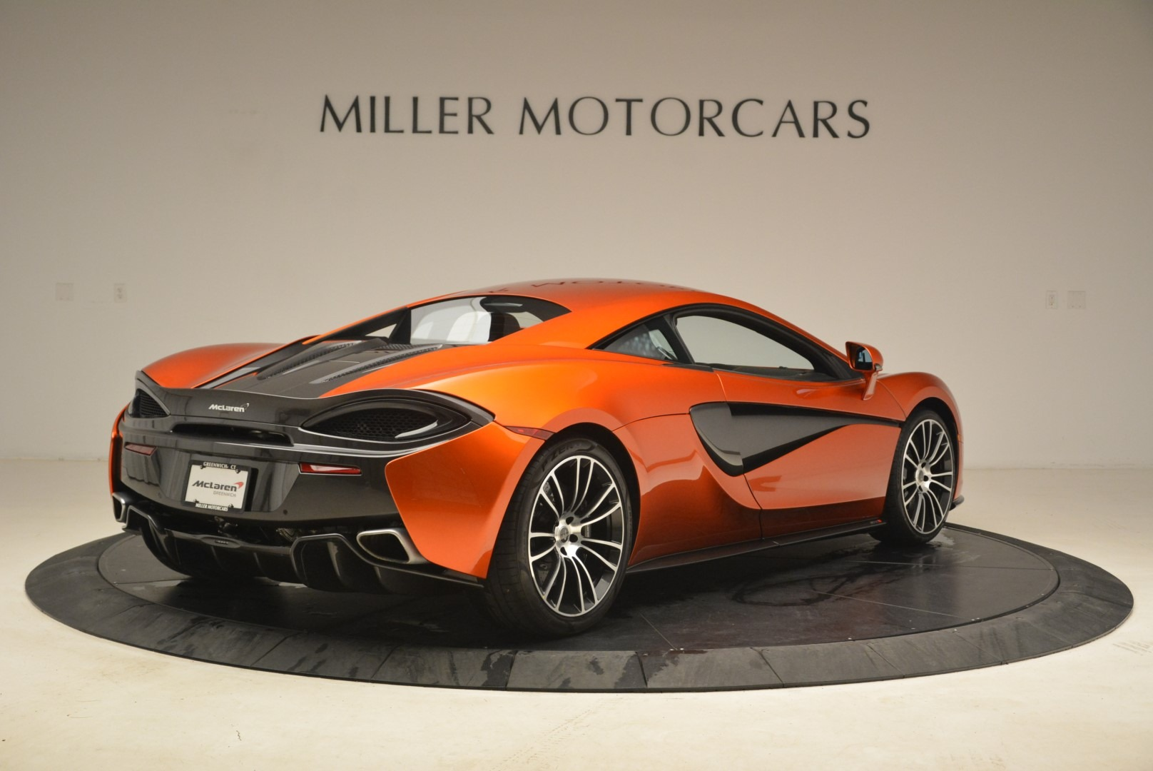 Used 2016 McLaren 570S  For Sale In Greenwich, CT. Alfa Romeo of Greenwich, 3140 2261_p7