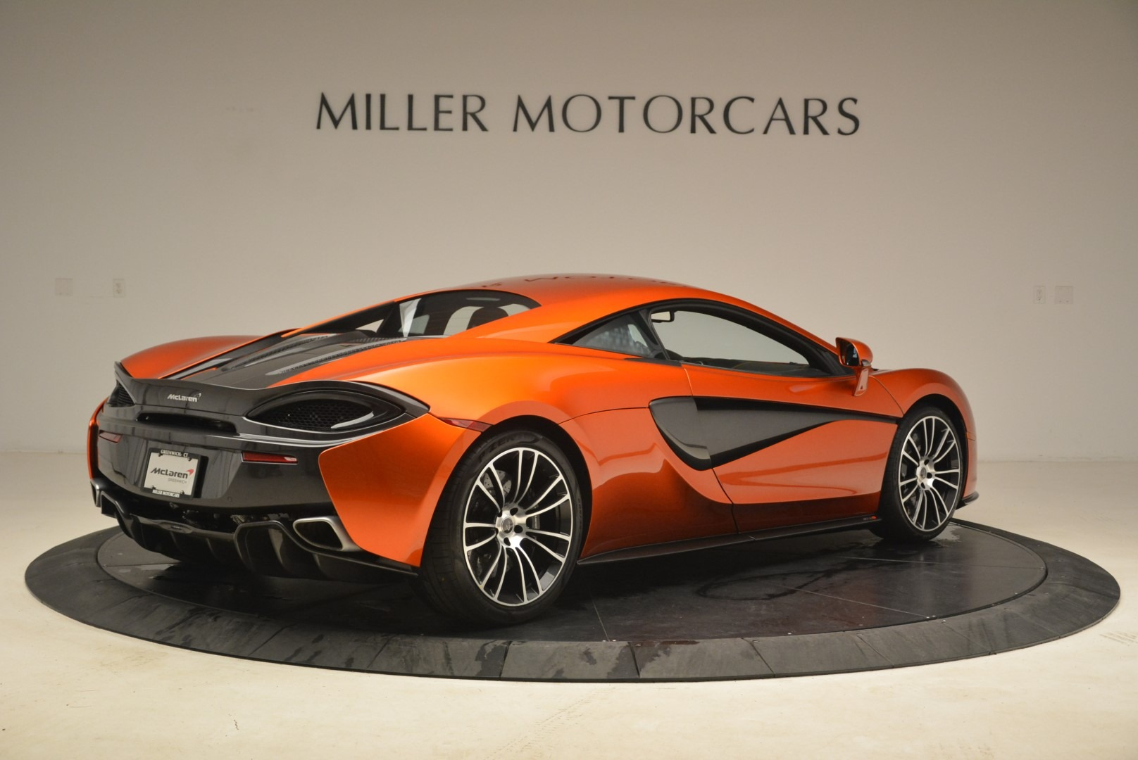Used 2016 McLaren 570S  For Sale In Greenwich, CT. Alfa Romeo of Greenwich, 3140 2261_p8