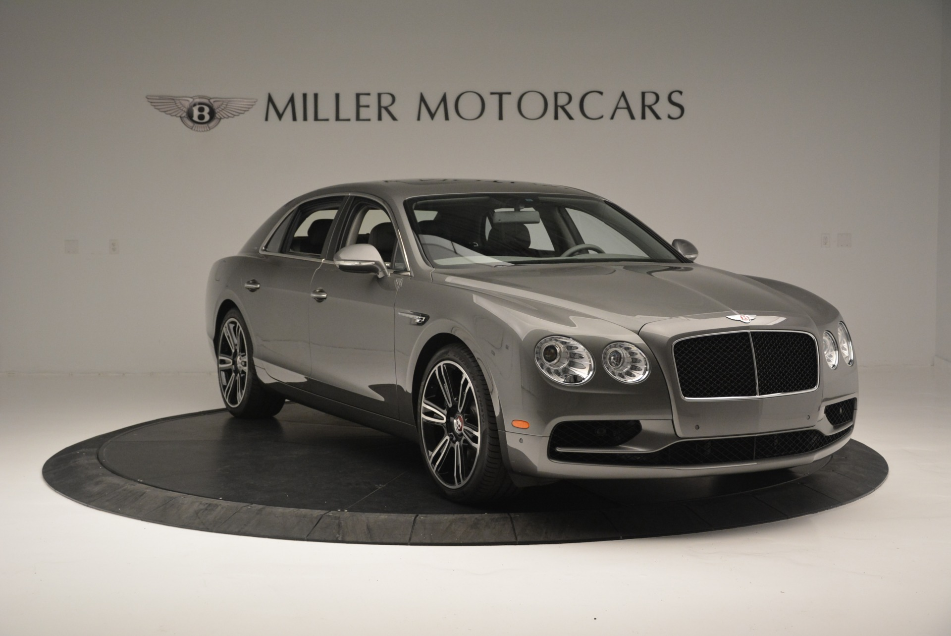 Used 2017 Bentley Flying Spur V8 S For Sale In Greenwich, CT. Alfa Romeo of Greenwich, B1353 2263_p10