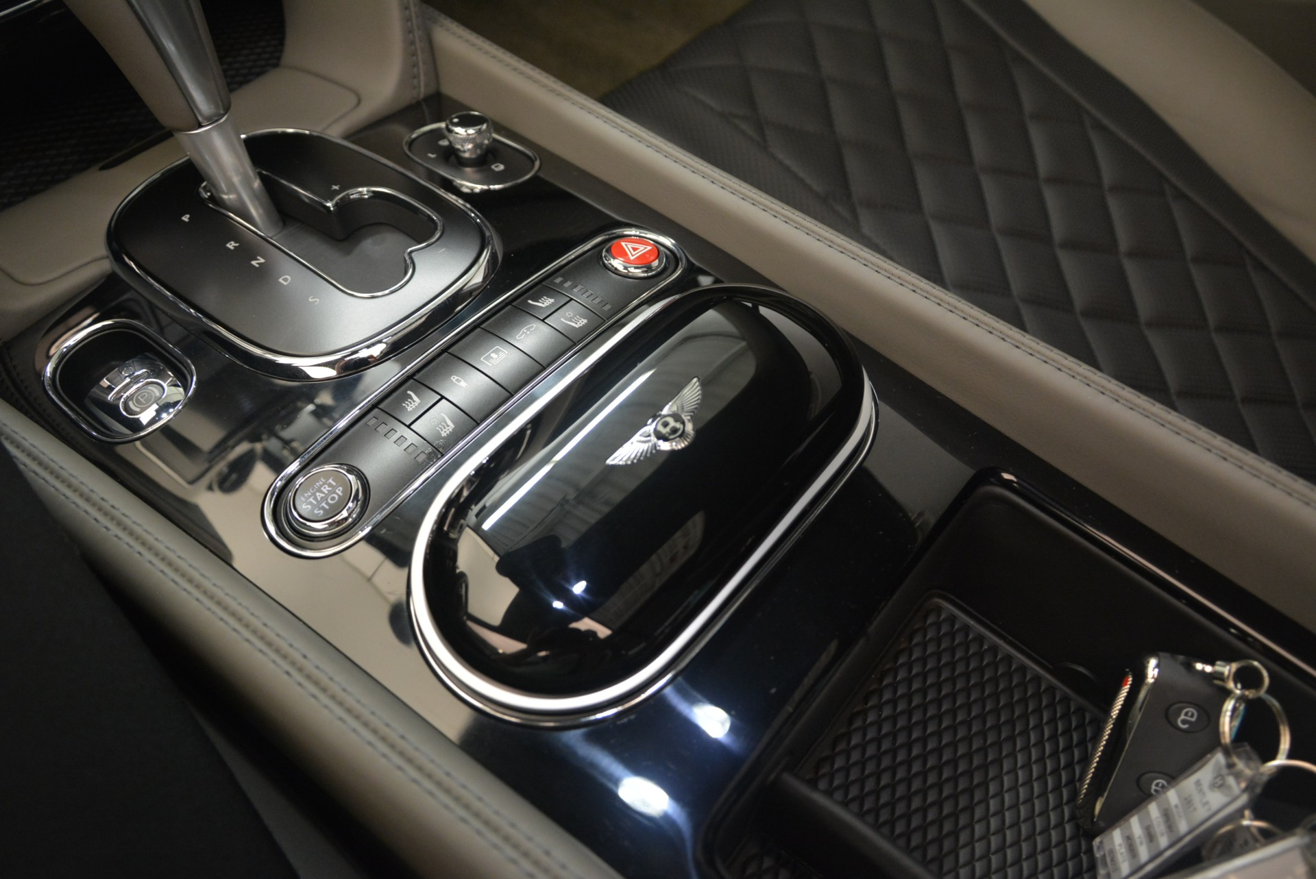 Used 2017 Bentley Flying Spur V8 S For Sale In Greenwich, CT. Alfa Romeo of Greenwich, B1353 2263_p23