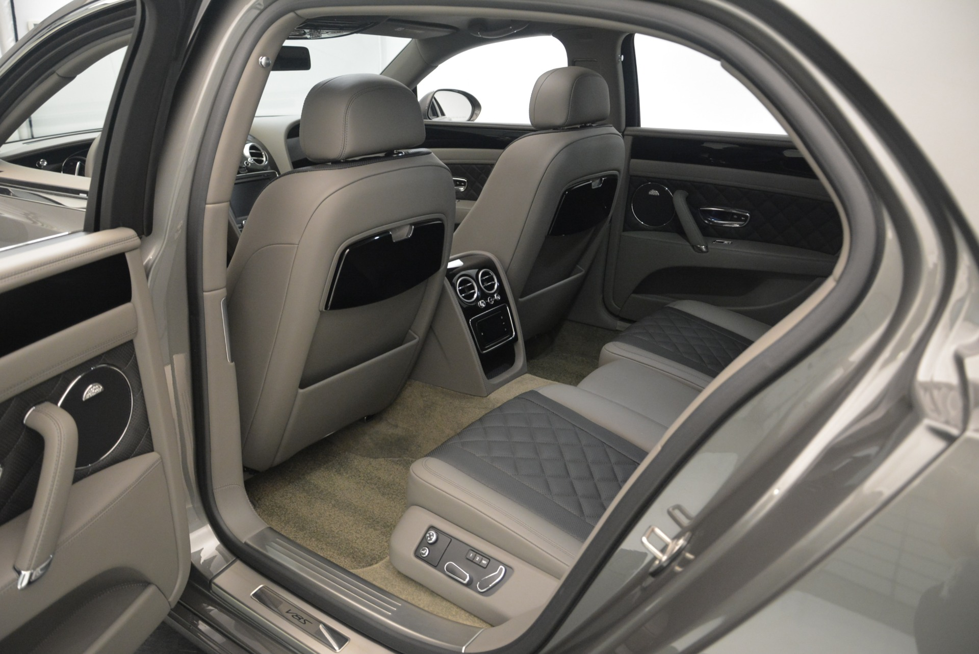 Used 2017 Bentley Flying Spur V8 S For Sale In Greenwich, CT. Alfa Romeo of Greenwich, B1353 2263_p27