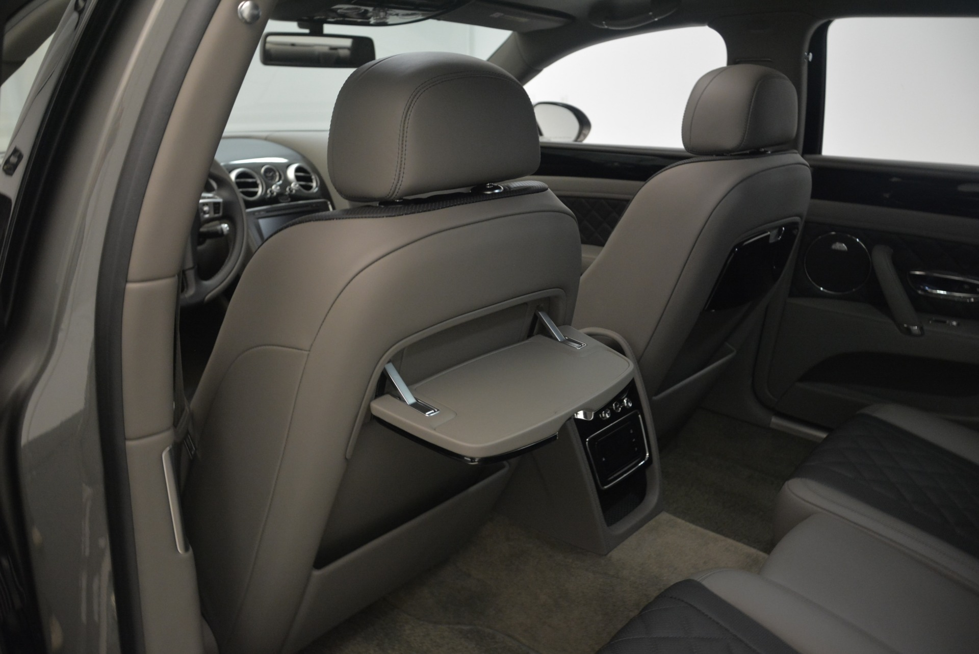 Used 2017 Bentley Flying Spur V8 S For Sale In Greenwich, CT. Alfa Romeo of Greenwich, B1353 2263_p28