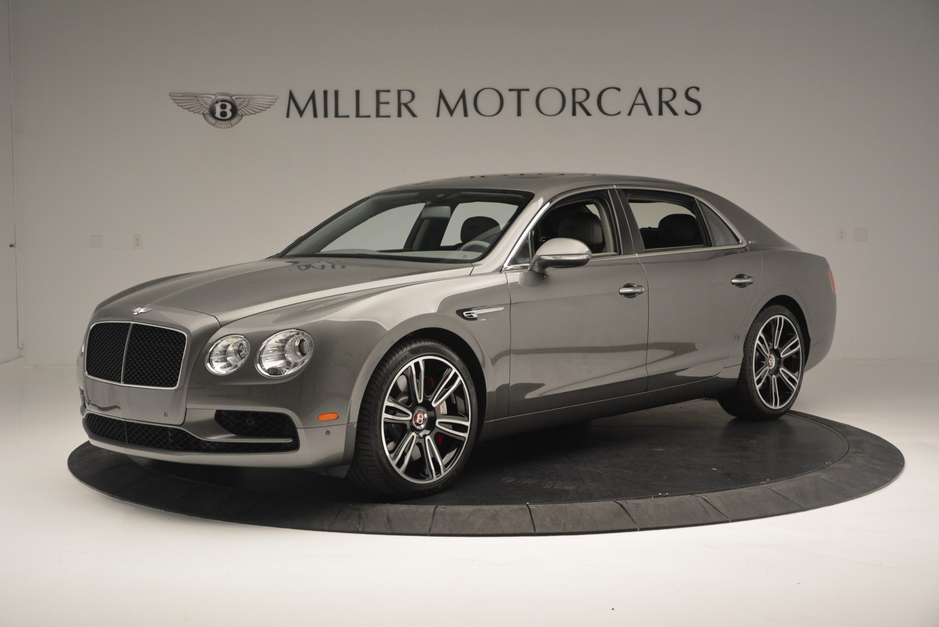 Used 2017 Bentley Flying Spur V8 S For Sale In Greenwich, CT. Alfa Romeo of Greenwich, B1353 2263_p2