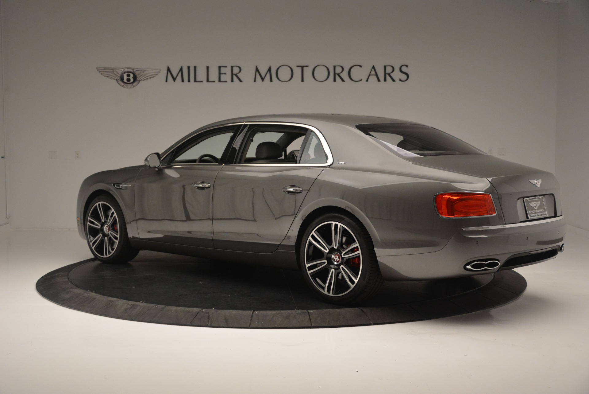 Used 2017 Bentley Flying Spur V8 S For Sale In Greenwich, CT. Alfa Romeo of Greenwich, B1353 2263_p4