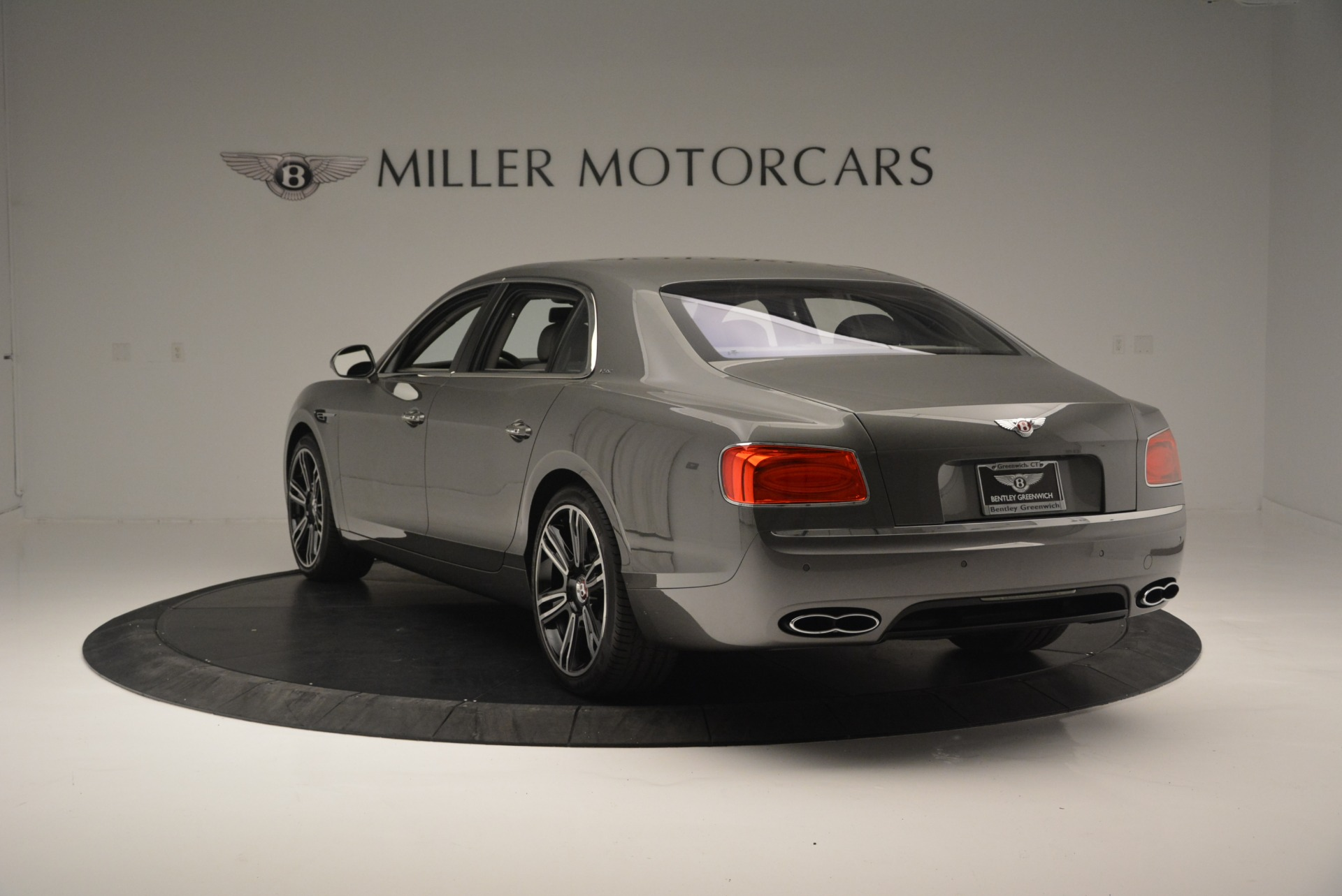 Used 2017 Bentley Flying Spur V8 S For Sale In Greenwich, CT. Alfa Romeo of Greenwich, B1353 2263_p5