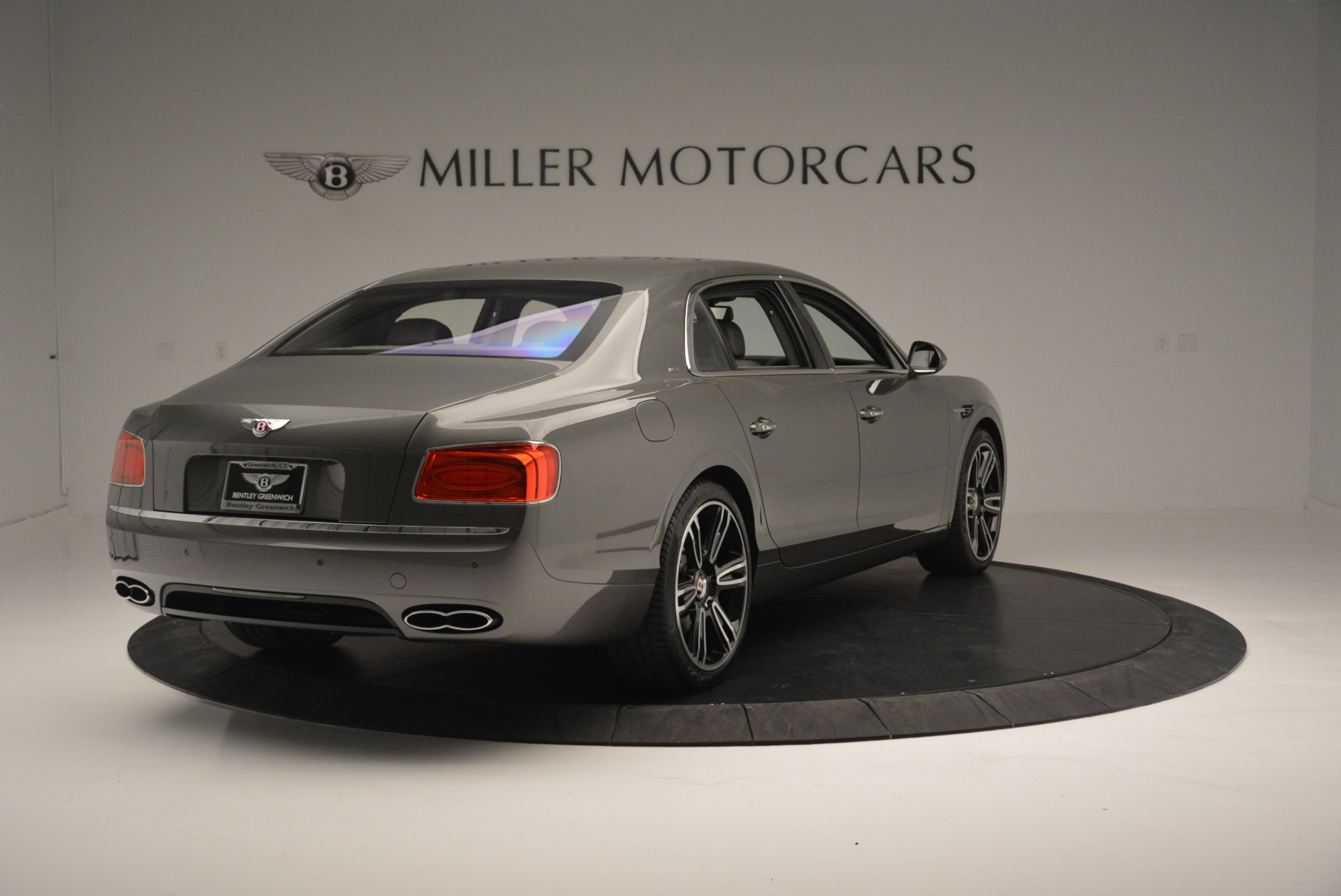 Used 2017 Bentley Flying Spur V8 S For Sale In Greenwich, CT. Alfa Romeo of Greenwich, B1353 2263_p7