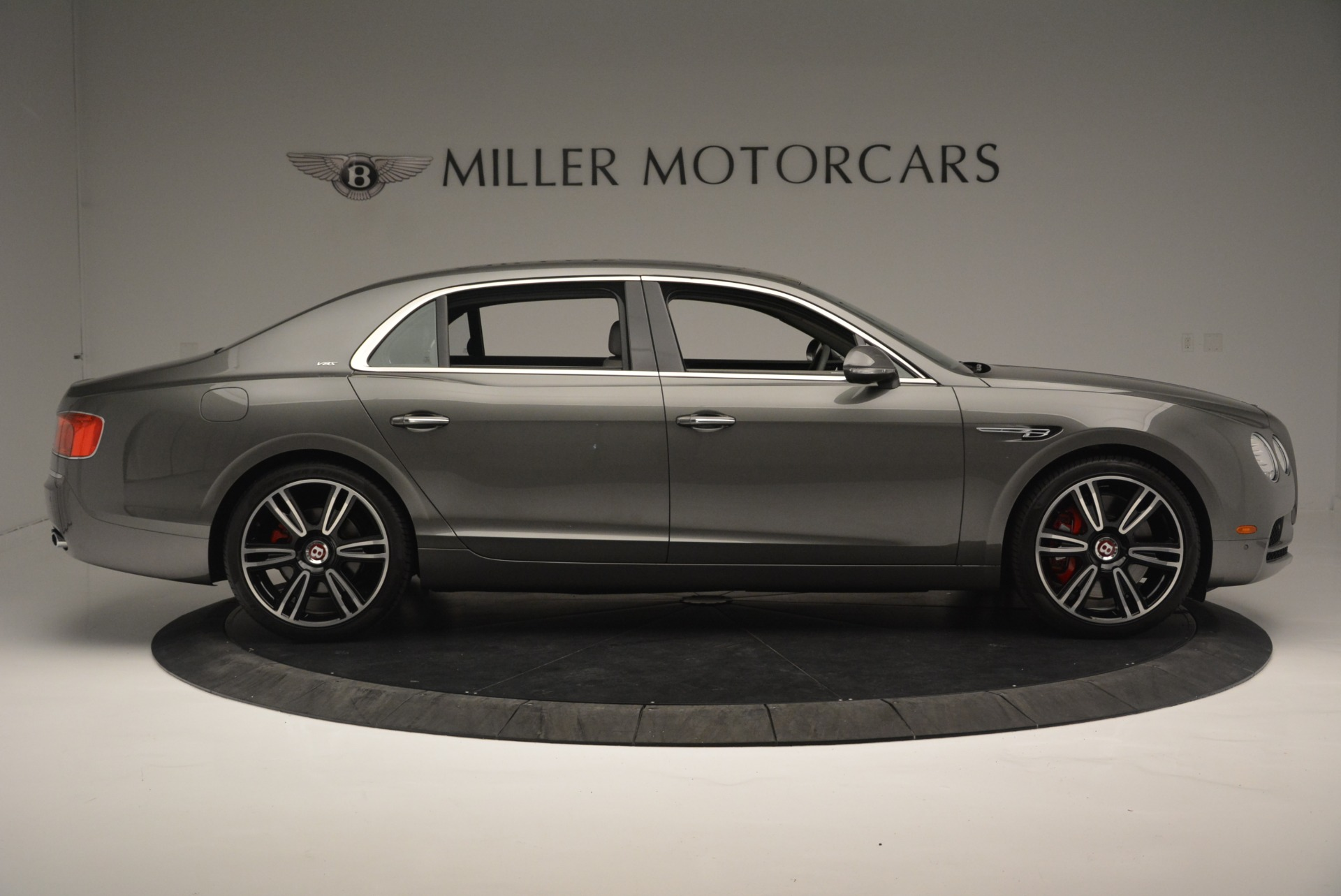 Used 2017 Bentley Flying Spur V8 S For Sale In Greenwich, CT. Alfa Romeo of Greenwich, B1353 2263_p8