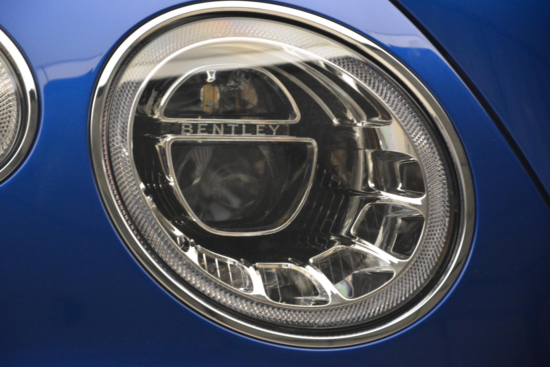 Used 2018 Bentley Bentayga W12 Signature For Sale In Greenwich, CT. Alfa Romeo of Greenwich, B1354 2265_p31