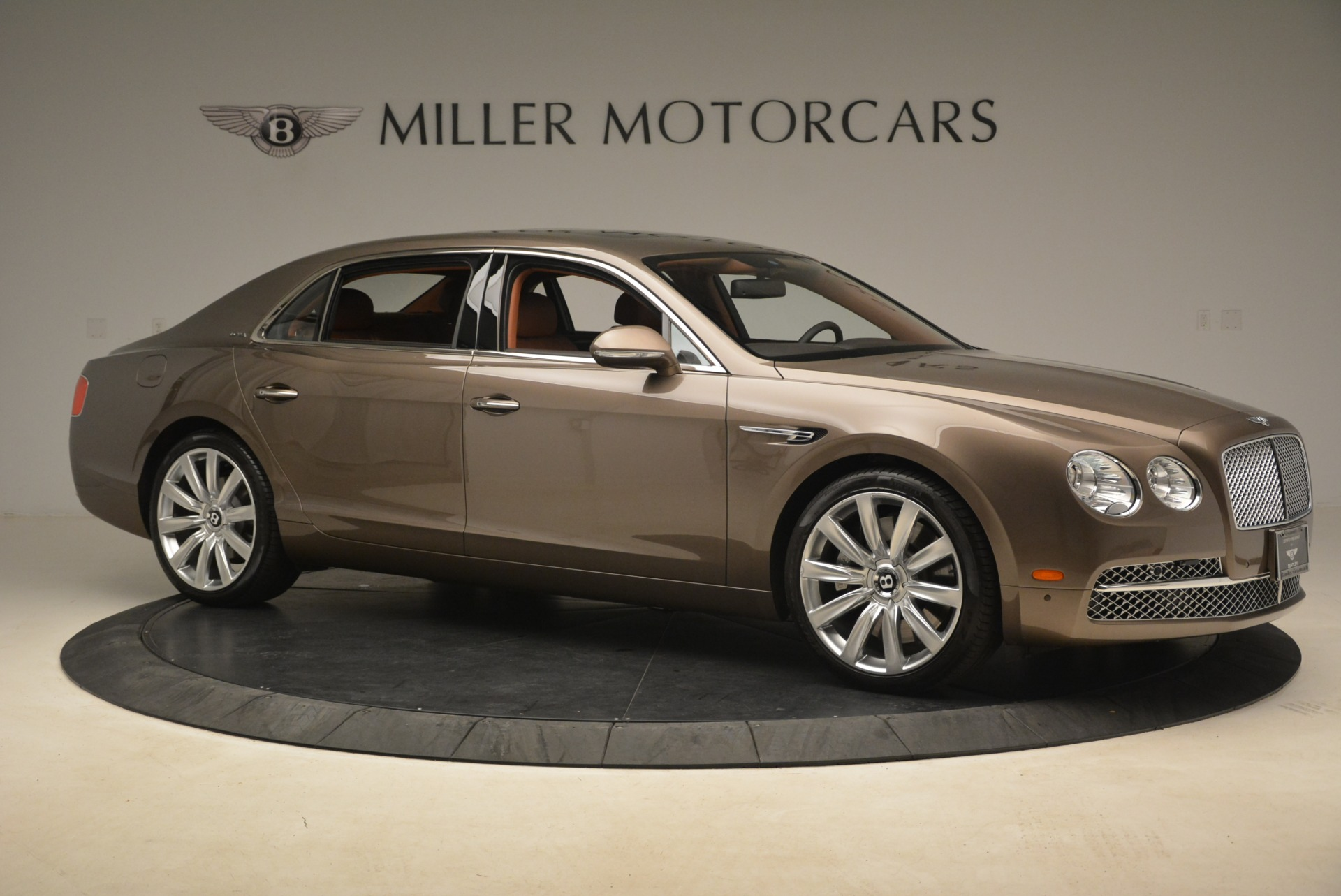 Used 2015 Bentley Flying Spur W12 For Sale In Greenwich, CT. Alfa Romeo of Greenwich, B1322A 2266_p10