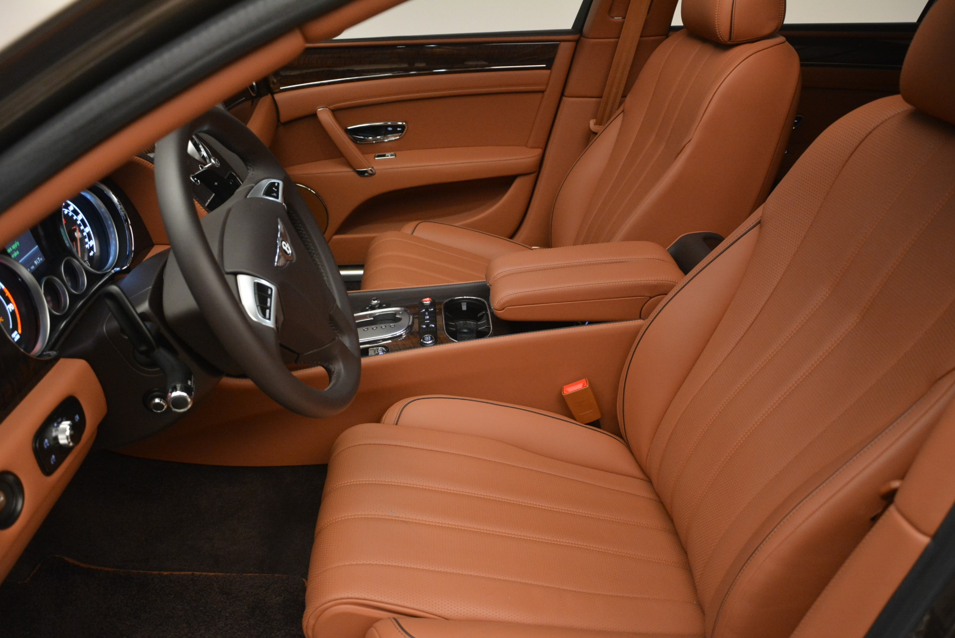 Used 2015 Bentley Flying Spur W12 For Sale In Greenwich, CT. Alfa Romeo of Greenwich, B1322A 2266_p18