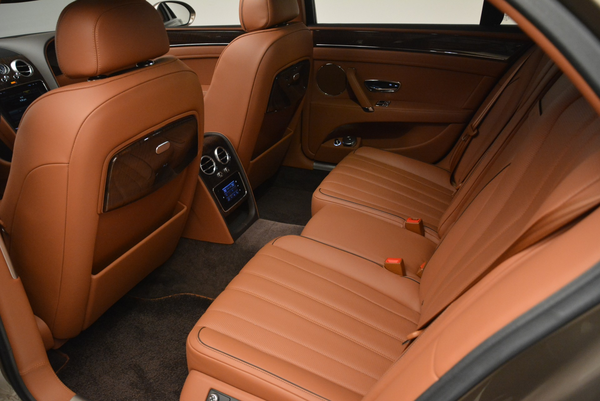 Used 2015 Bentley Flying Spur W12 For Sale In Greenwich, CT. Alfa Romeo of Greenwich, B1322A 2266_p21
