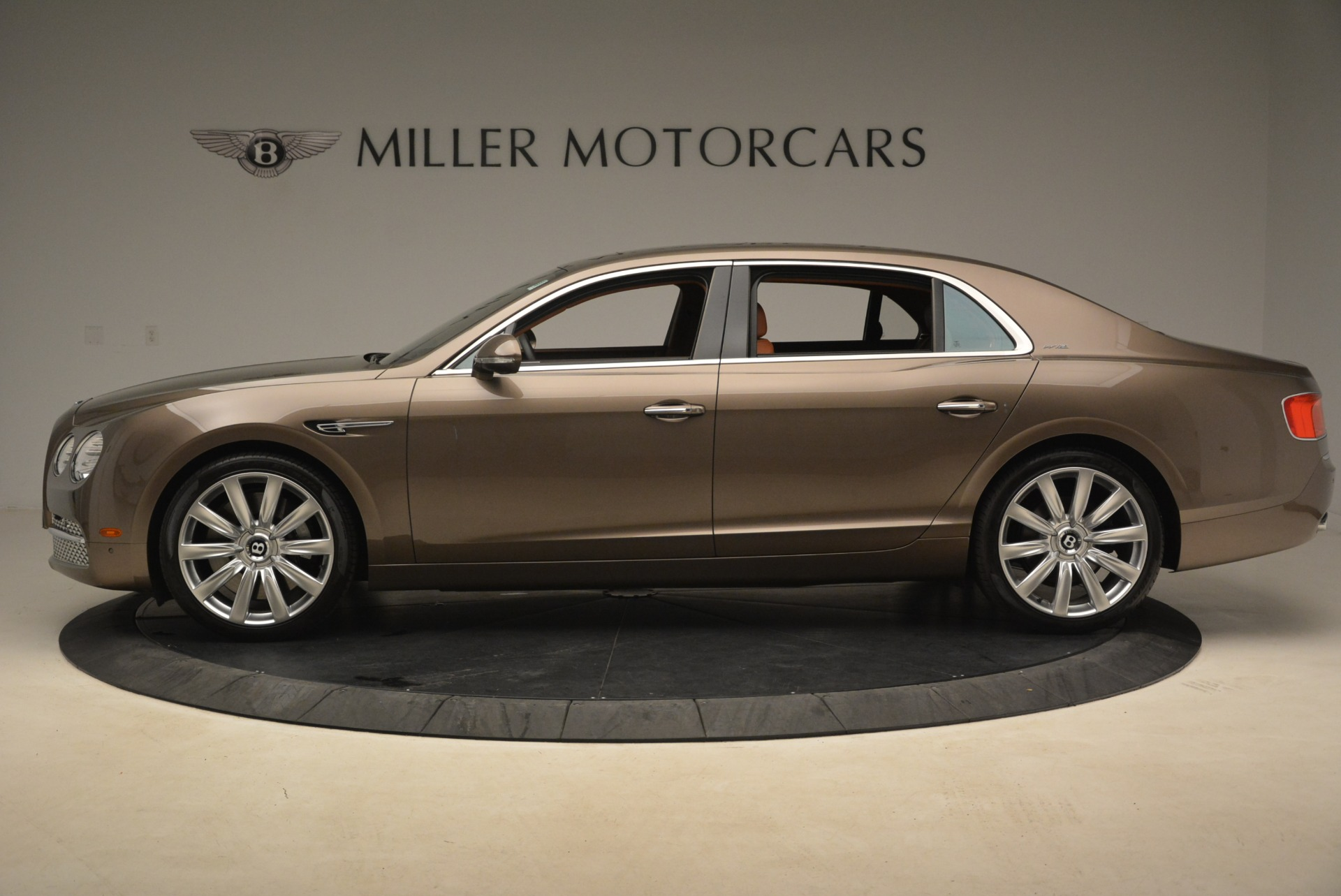Used 2015 Bentley Flying Spur W12 For Sale In Greenwich, CT. Alfa Romeo of Greenwich, B1322A 2266_p3