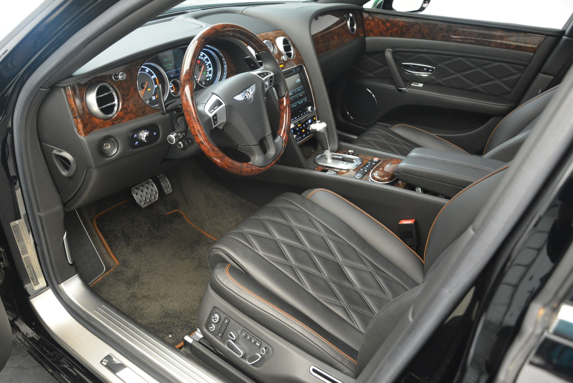 Used 2014 Bentley Flying Spur W12 For Sale In Greenwich, CT. Alfa Romeo of Greenwich, 7372 2267_p17