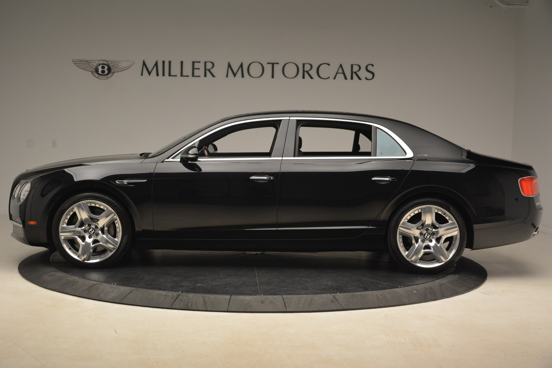 Used 2014 Bentley Flying Spur W12 For Sale In Greenwich, CT. Alfa Romeo of Greenwich, 7372 2267_p3
