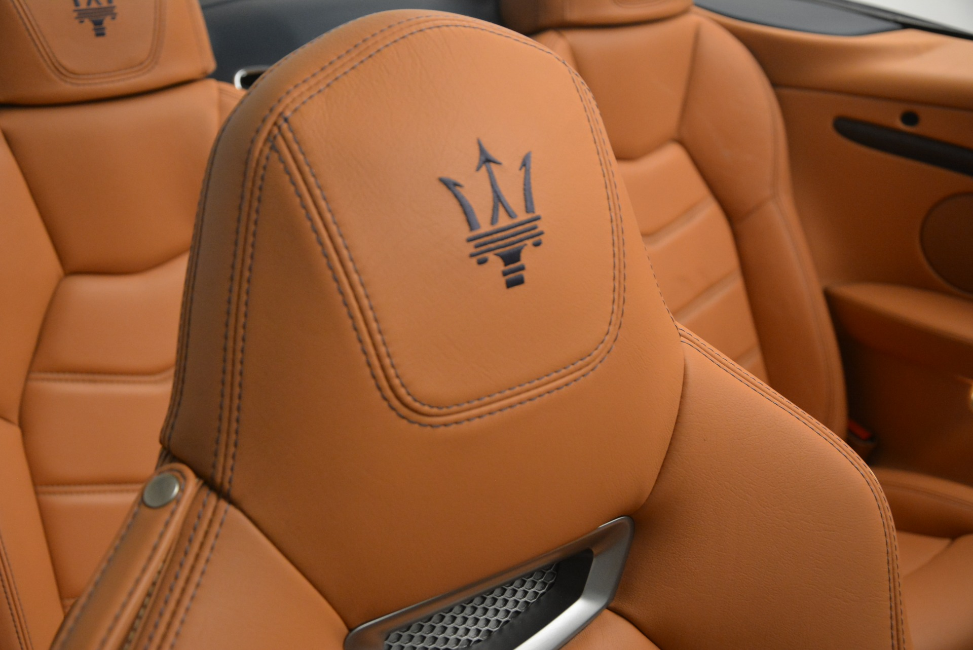 Used 2014 Maserati GranTurismo Sport For Sale In Greenwich, CT. Alfa Romeo of Greenwich, 7370 2269_p29