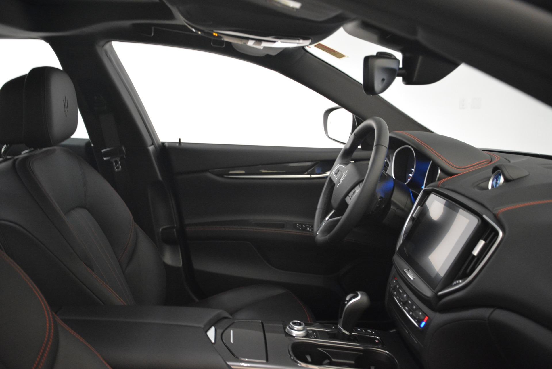 Used 2018 Maserati Ghibli S Q4 For Sale In Greenwich, CT. Alfa Romeo of Greenwich, M2143 2271_p17