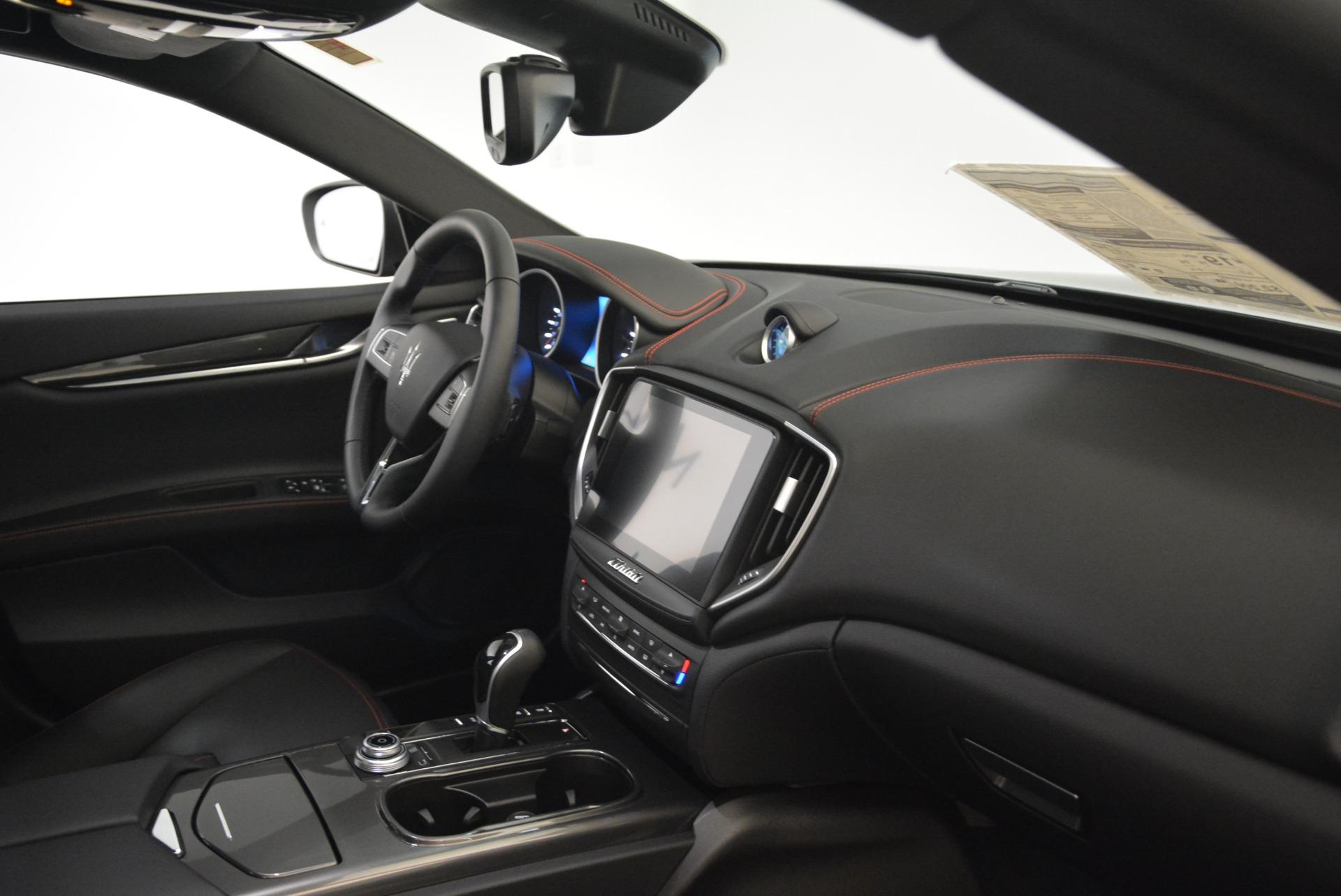 Used 2018 Maserati Ghibli S Q4 For Sale In Greenwich, CT. Alfa Romeo of Greenwich, M2143 2271_p18