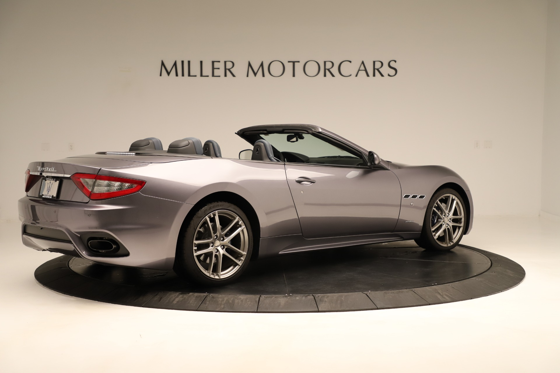 New 2018 Maserati GranTurismo Sport Convertible For Sale In Greenwich, CT. Alfa Romeo of Greenwich, M2142 2272_p15