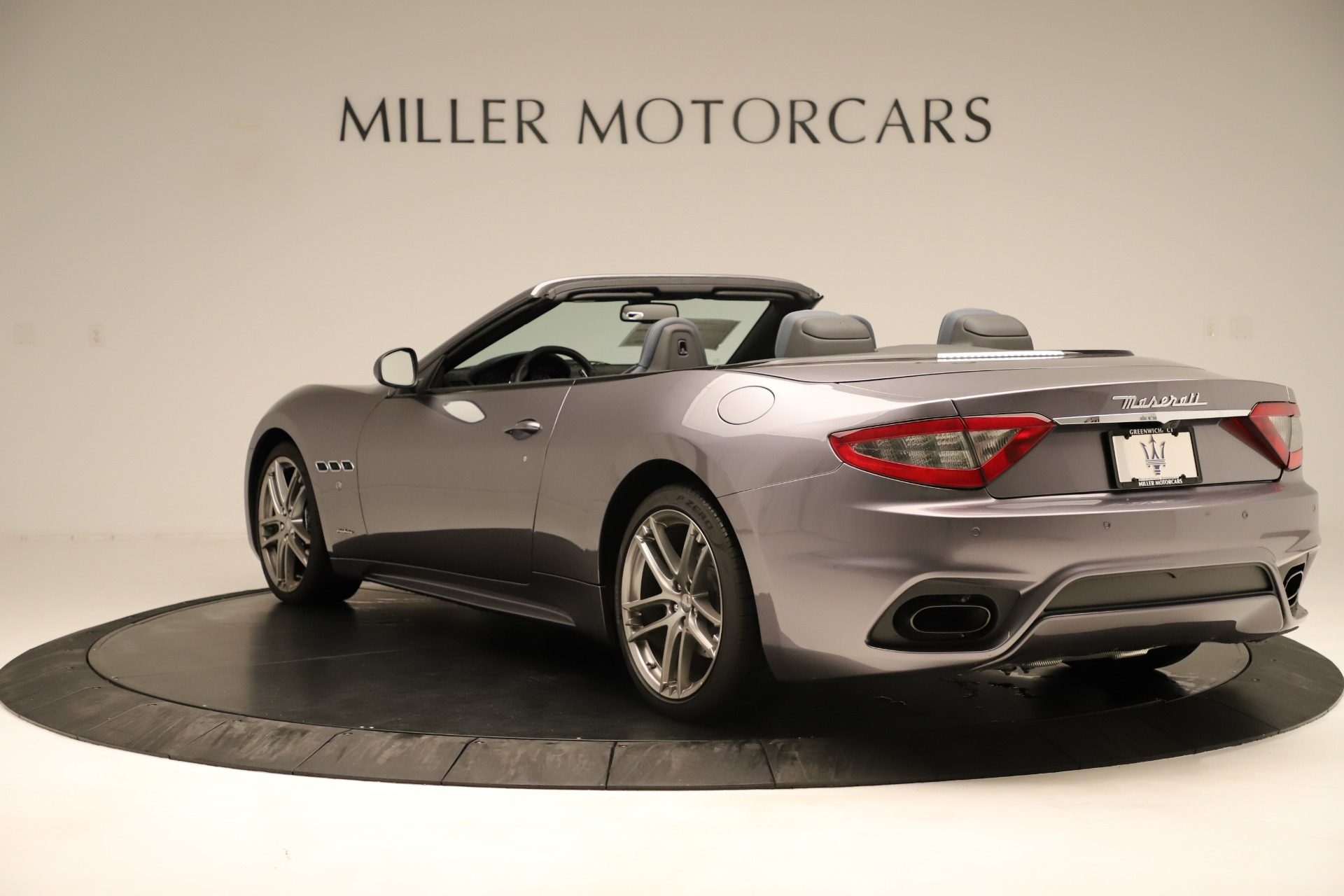 New 2018 Maserati GranTurismo Sport Convertible For Sale In Greenwich, CT. Alfa Romeo of Greenwich, M2142 2272_p9