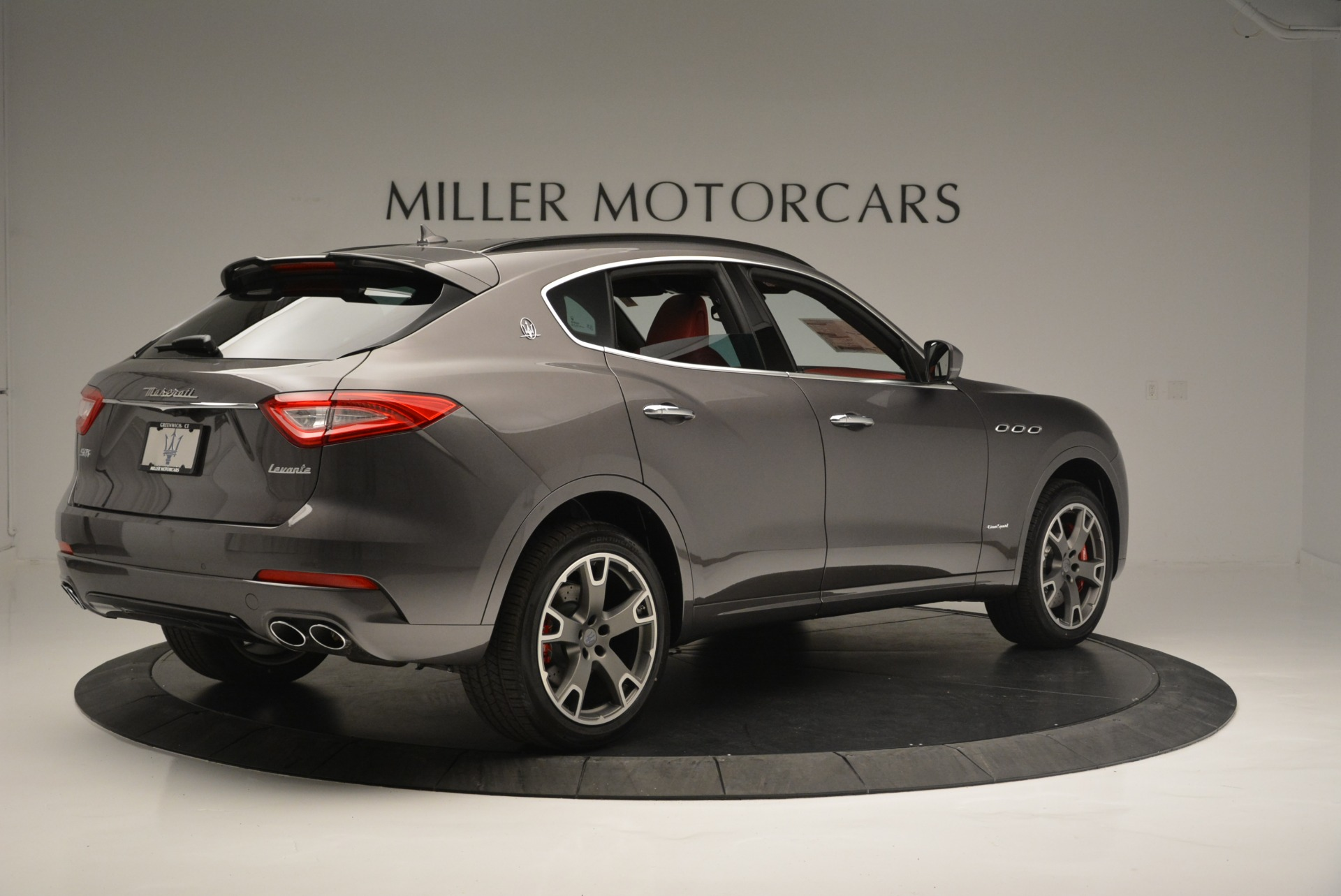 New 2018 Maserati Levante S Q4 GranSport For Sale In Greenwich, CT. Alfa Romeo of Greenwich, M2146 2274_p10